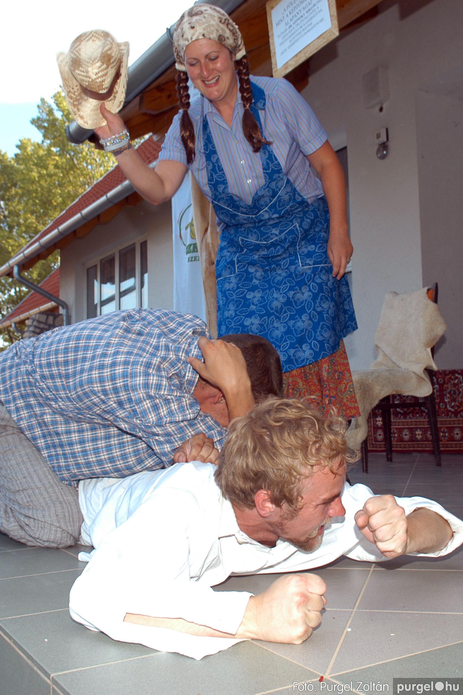 2007.07.28. 089 Szegváriak fellépése a Művészetek völgyében - Fotó:PURGEL ZOLTÁN© DSC_0357q.jpg