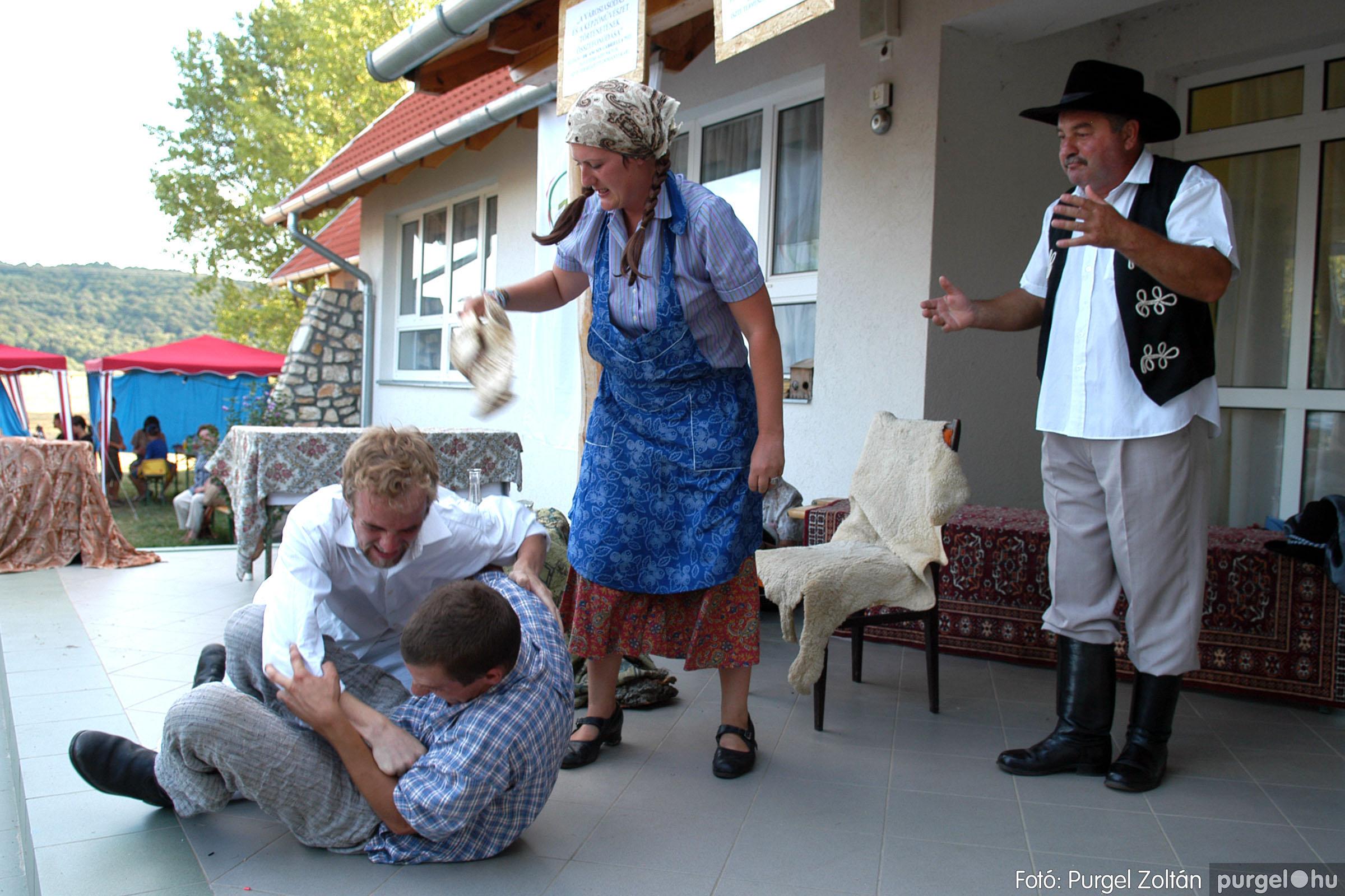 2007.07.28. 086 Szegváriak fellépése a Művészetek völgyében - Fotó:PURGEL ZOLTÁN© DSC_0352q.jpg