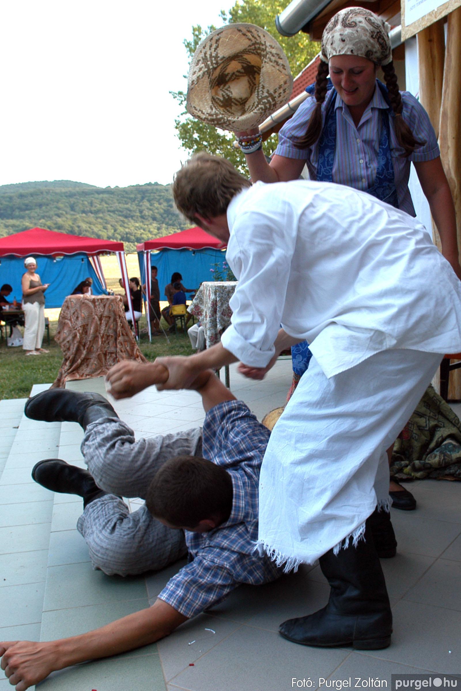 2007.07.28. 085 Szegváriak fellépése a Művészetek völgyében - Fotó:PURGEL ZOLTÁN© DSC_0350q.jpg