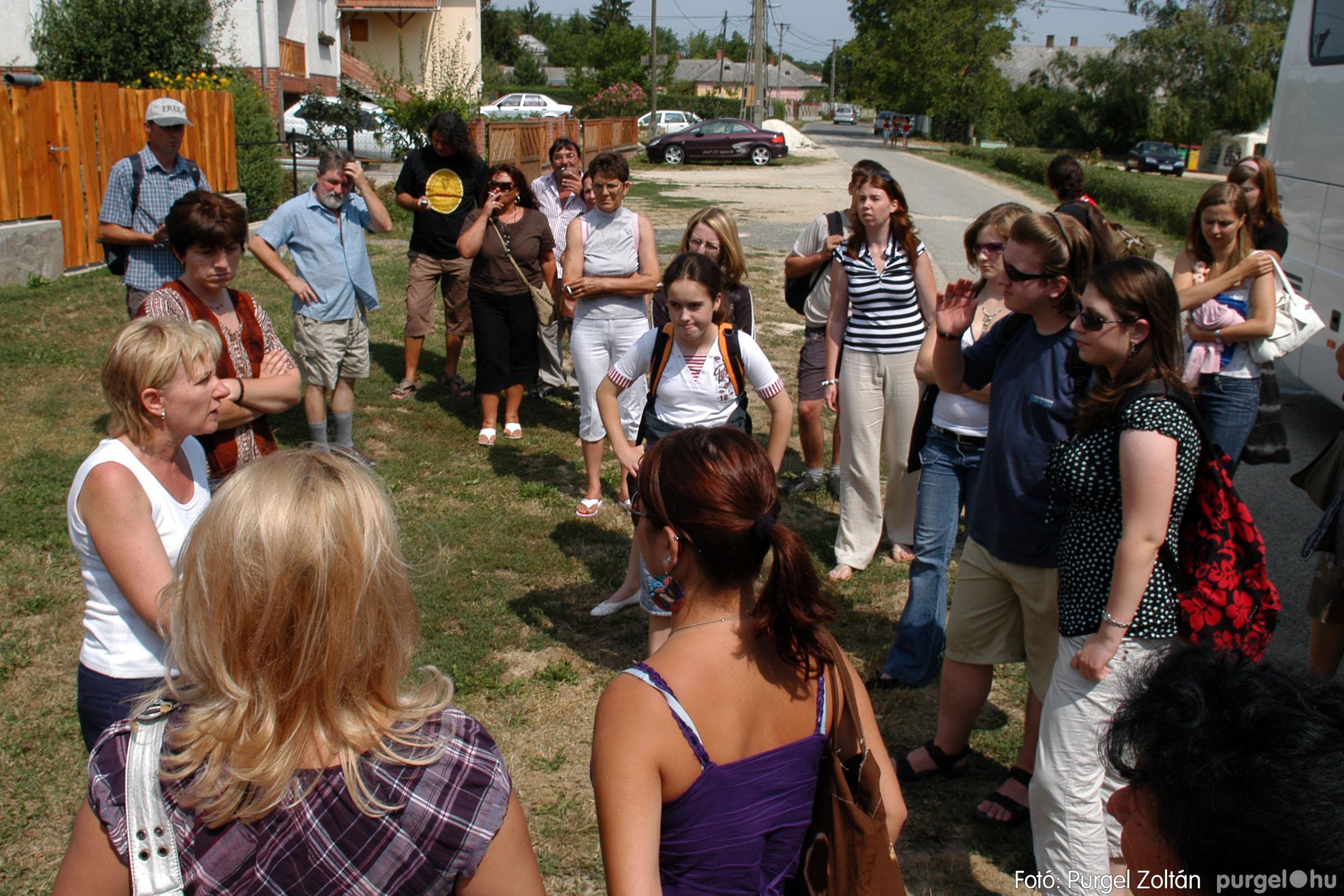 2007.07.28. 001 Szegváriak fellépése a Művészetek völgyében - Fotó:PURGEL ZOLTÁN© DSC_0226q.jpg