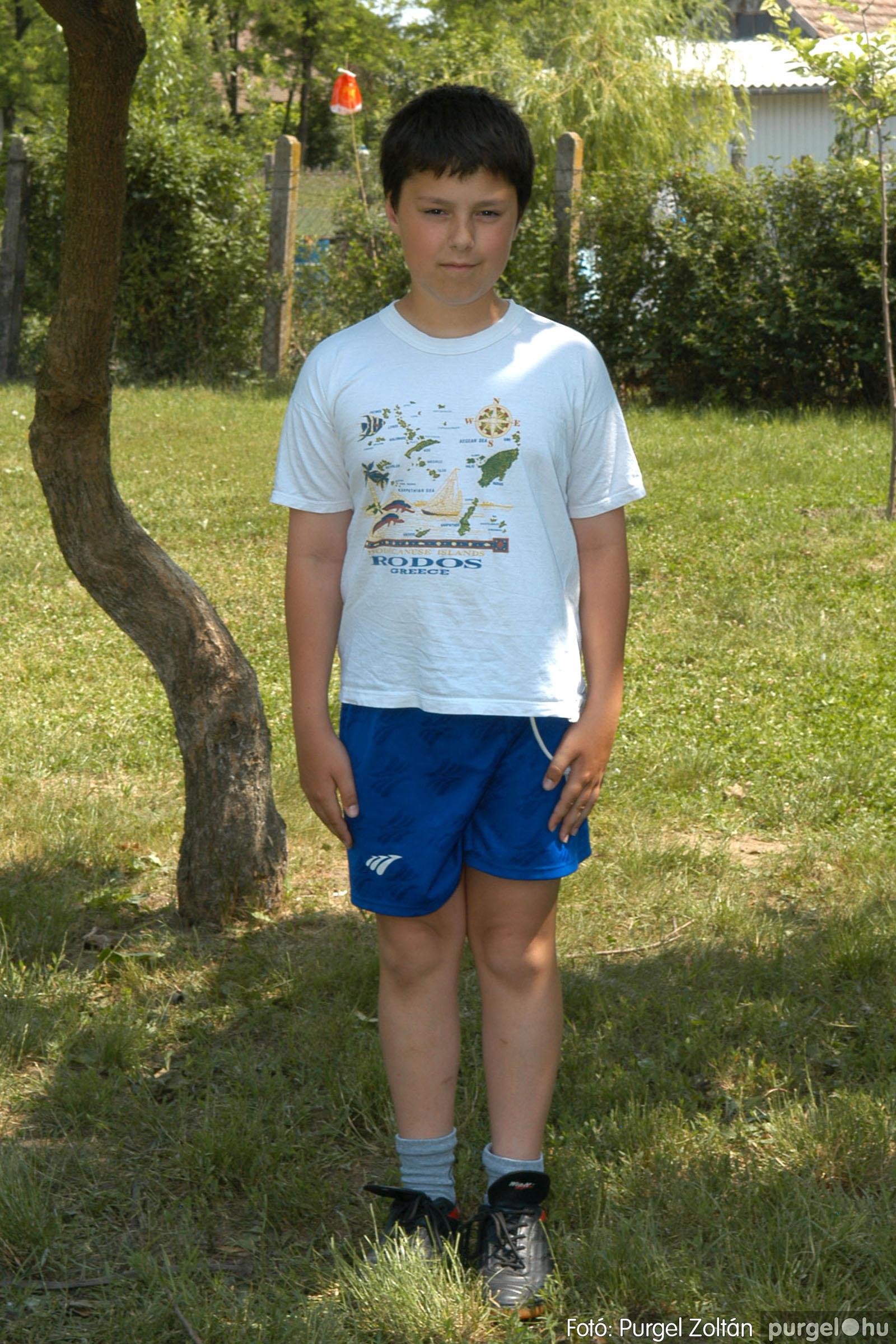 A 2007.06.01. 035 Forray Máté Általános Iskola ballagás 2007. - Ajándék fotók - Fotó:PURGEL ZOLTÁN© 123.jpg