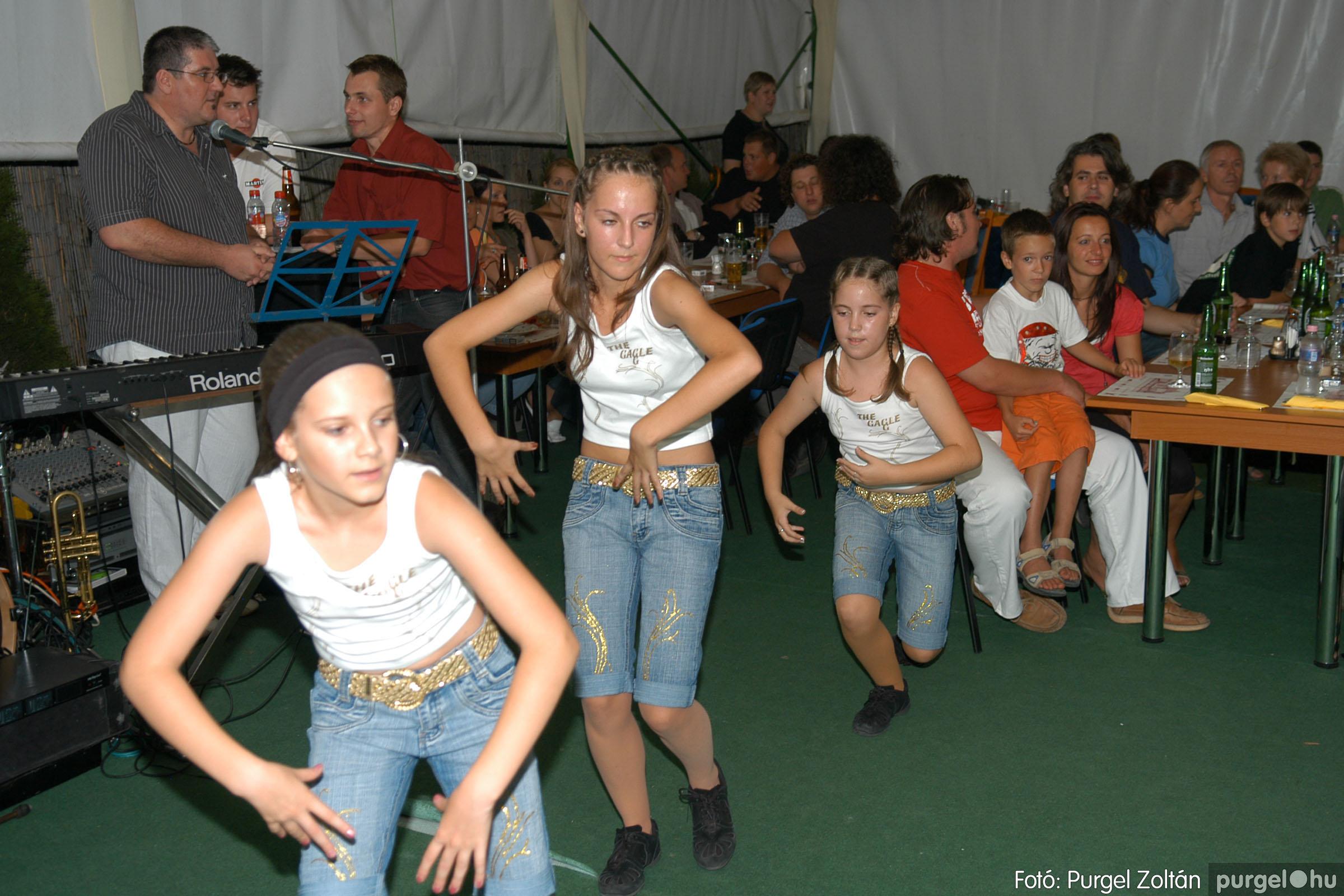 2007.08.11. 020 Szerb napok a Castellum Étteremben - Fotó:PURGEL ZOLTÁN© DSC_0500q.jpg