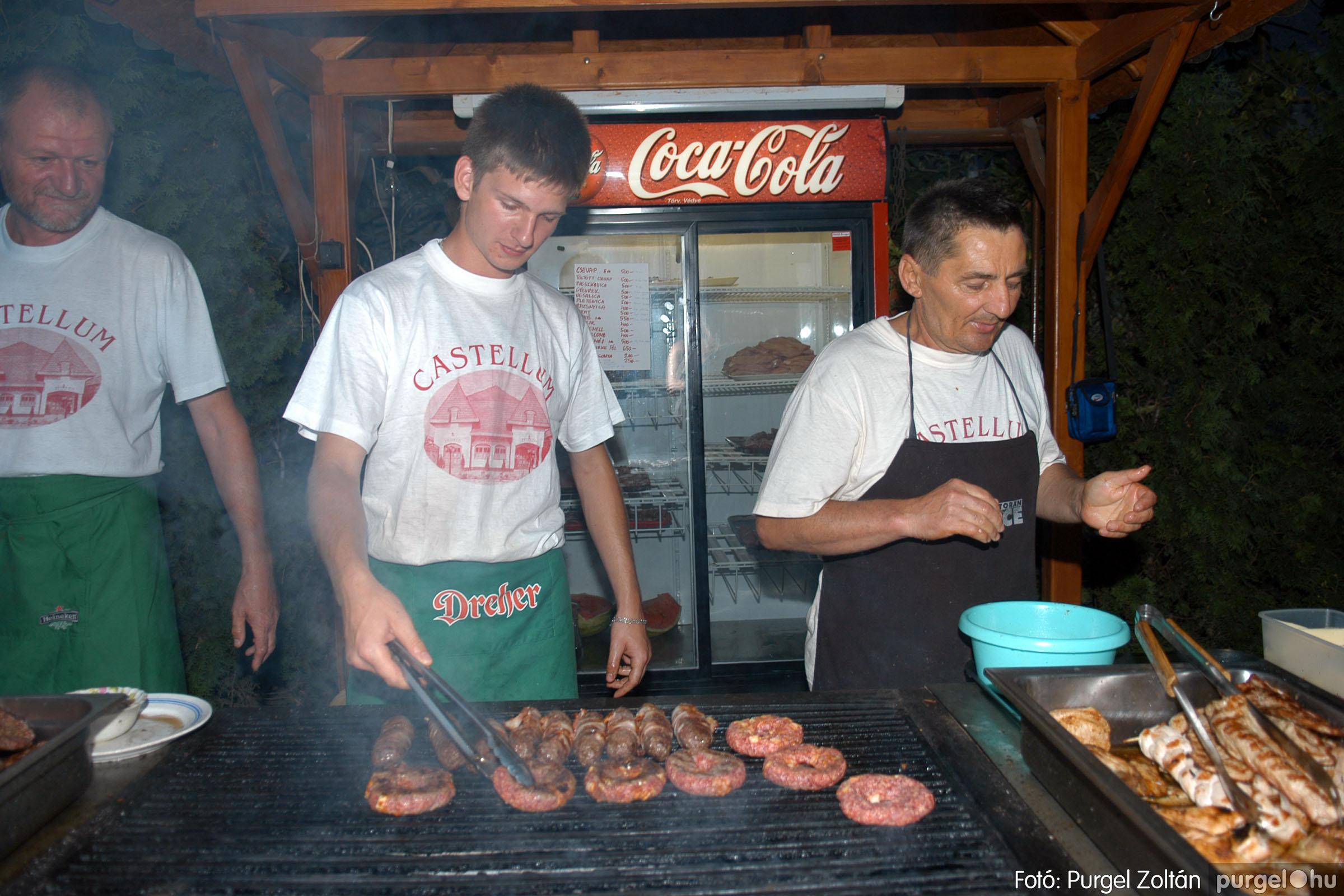 2007.08.11. 007 Szerb napok a Castellum Étteremben - Fotó:PURGEL ZOLTÁN© DSC_0475q.jpg