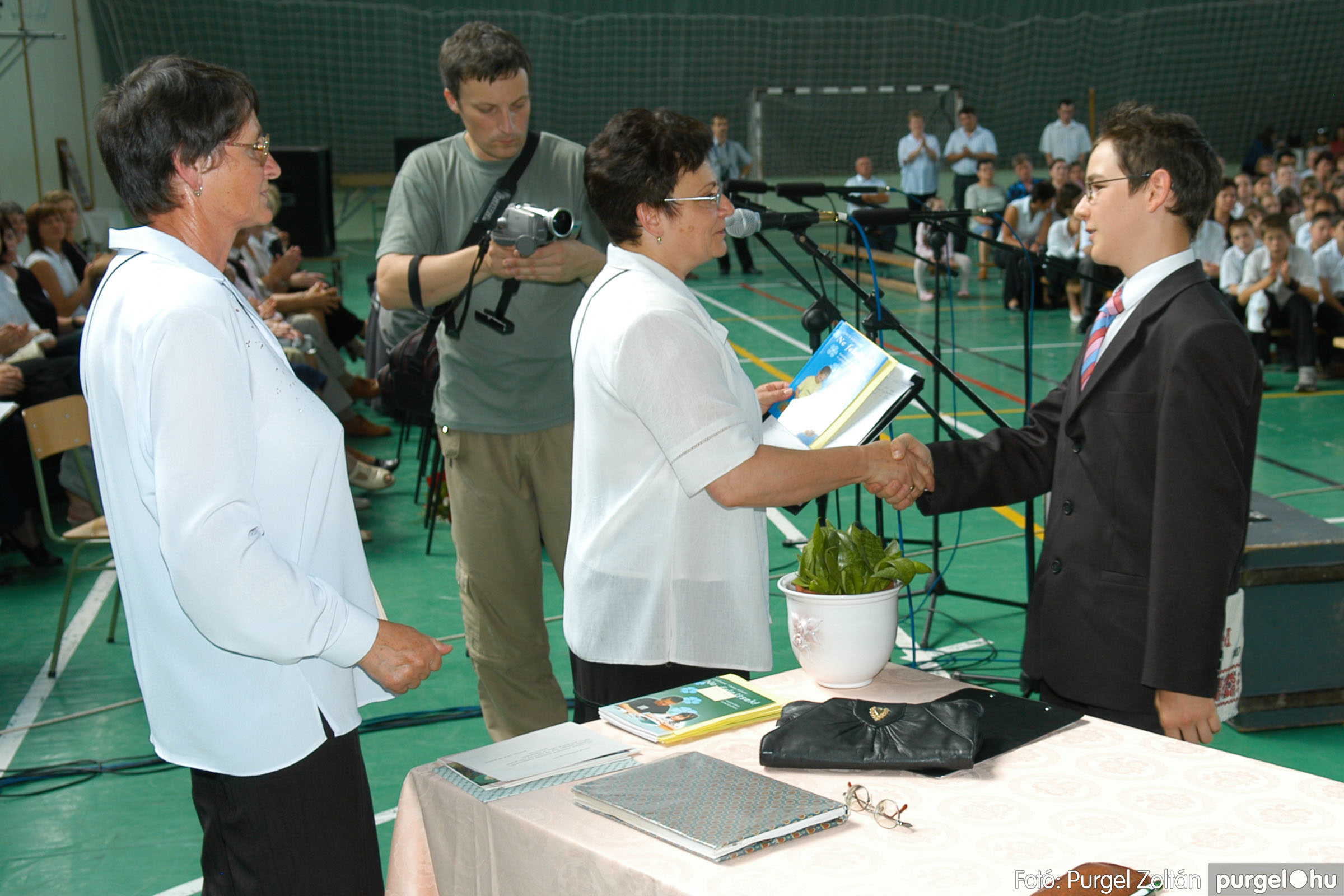 2007.06.16. 105 Forray Máté Általános Iskola ballagás 2007. - Fotó:PURGEL ZOLTÁN© DSC_0157q.jpg