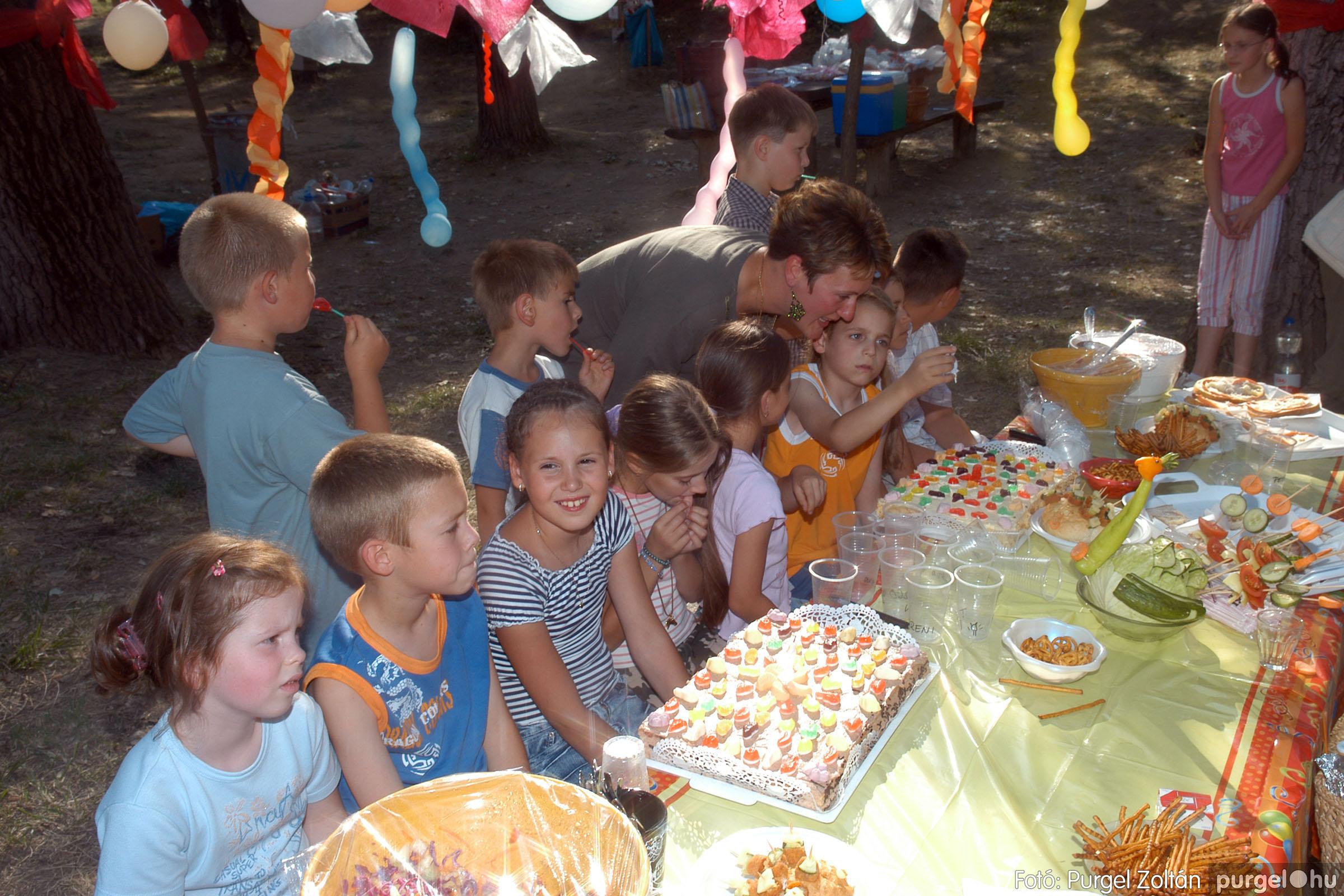 2007.07.08. 065 Belevaló Klub születésnap - Fotó:PURGEL ZOLTÁN© DSC_0076q.jpg