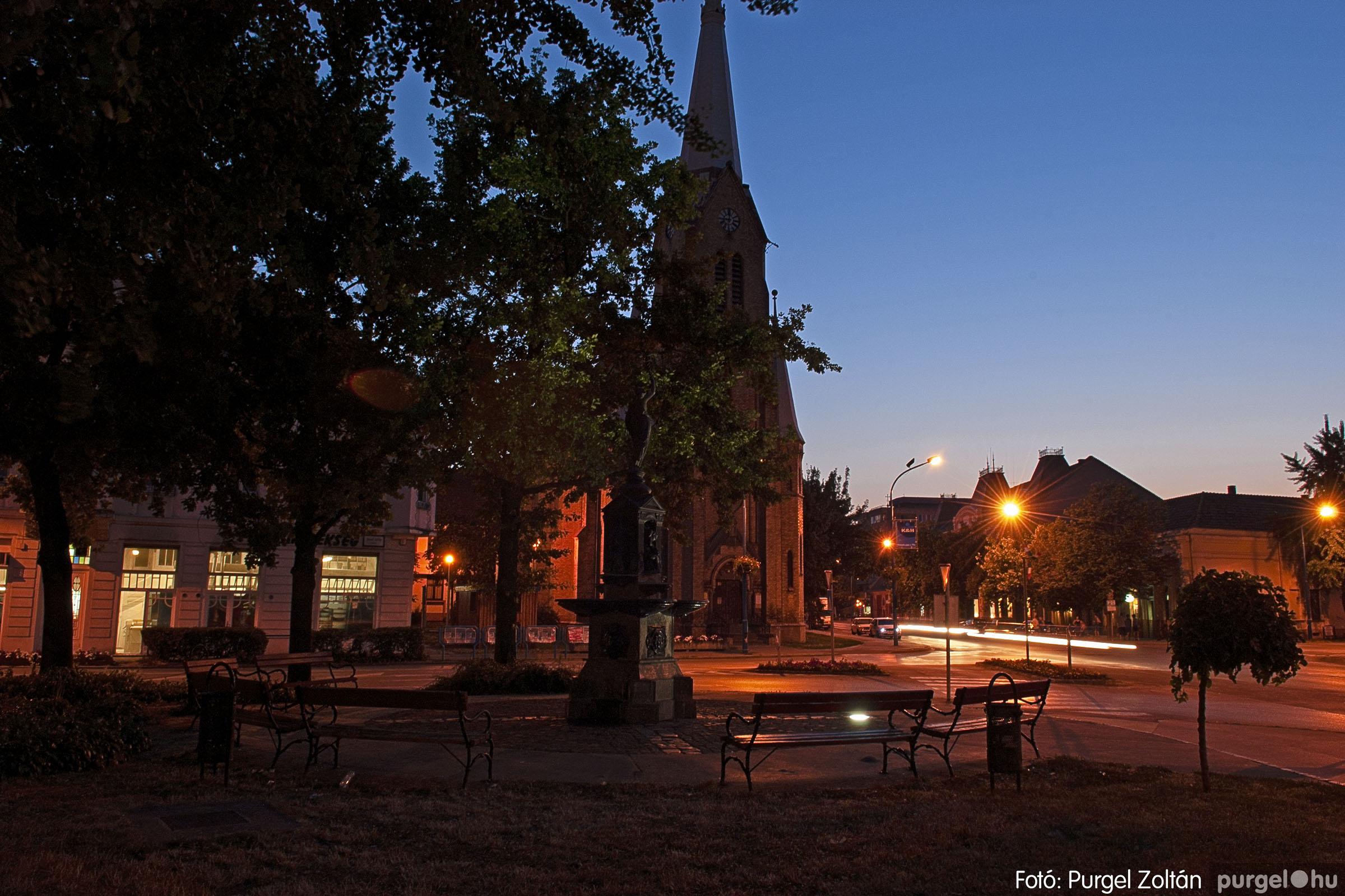 2007.07.18. 002 Szentes esti fényekben - Fotó:PURGEL ZOLTÁN© DSC_0191q.jpg