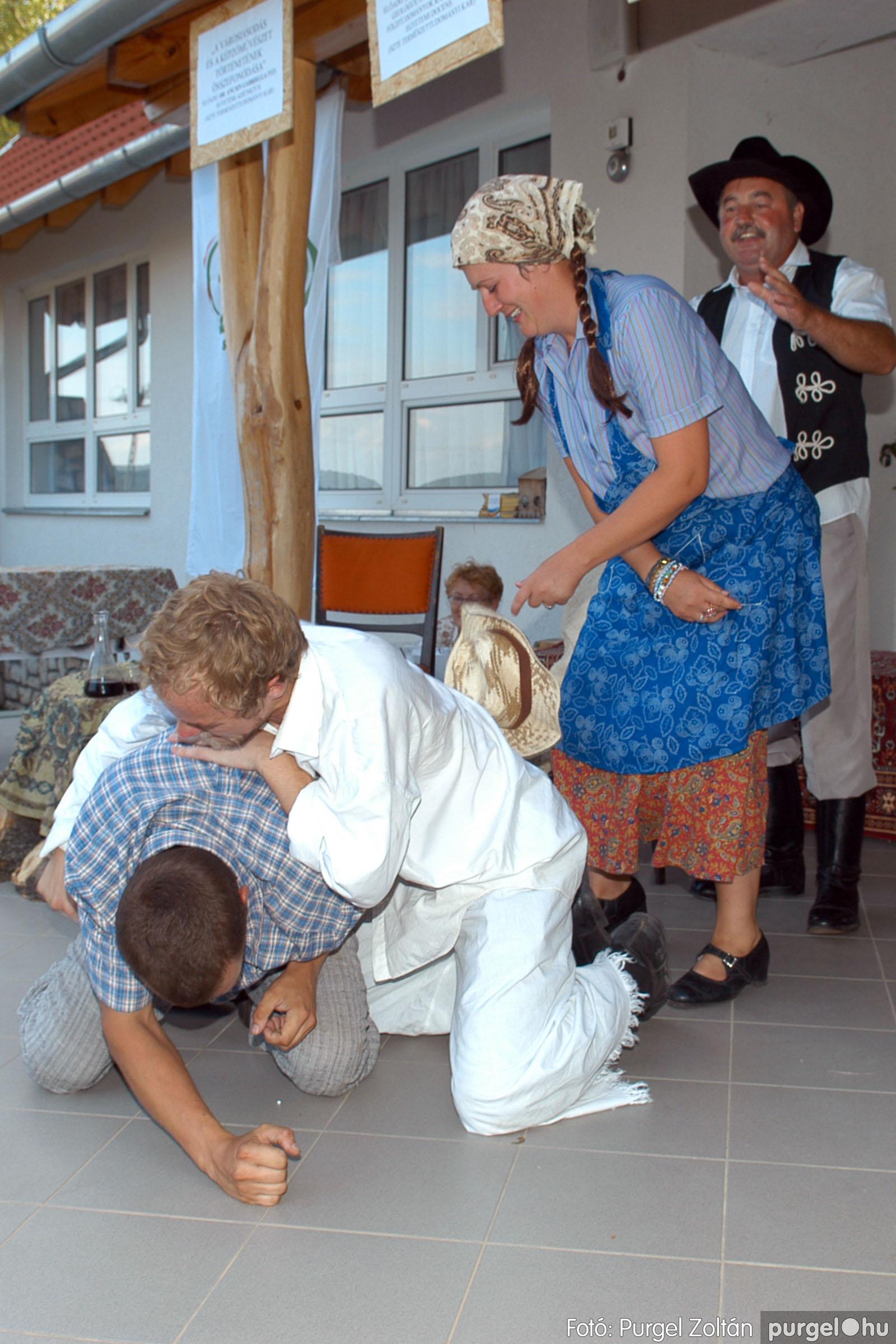 2007.07.28. 087 Szegváriak fellépése a Művészetek völgyében - Fotó:PURGEL ZOLTÁN© DSC_0354q.jpg