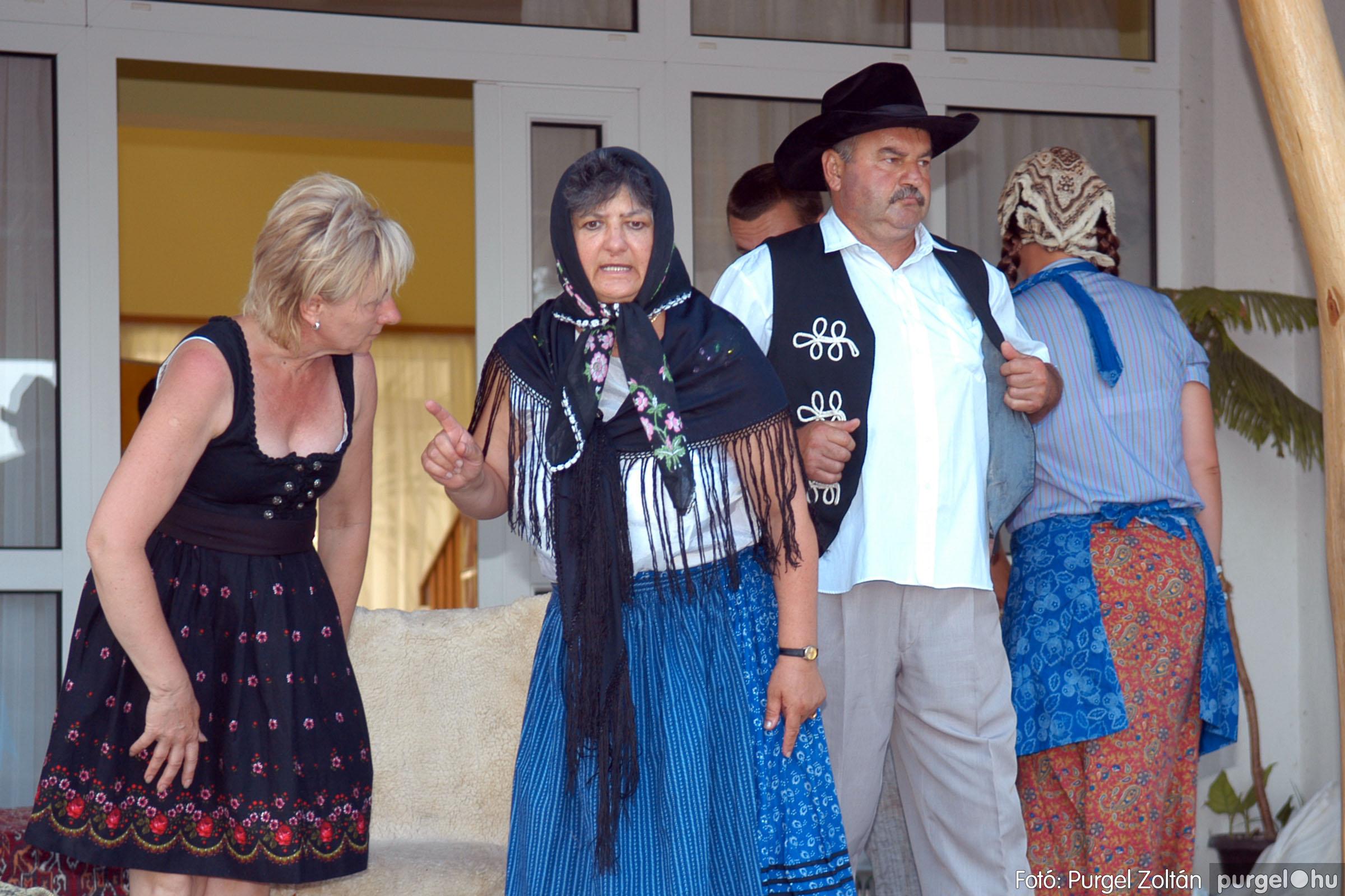 2007.07.28. 078 Szegváriak fellépése a Művészetek völgyében - Fotó:PURGEL ZOLTÁN© DSC_0340q.jpg
