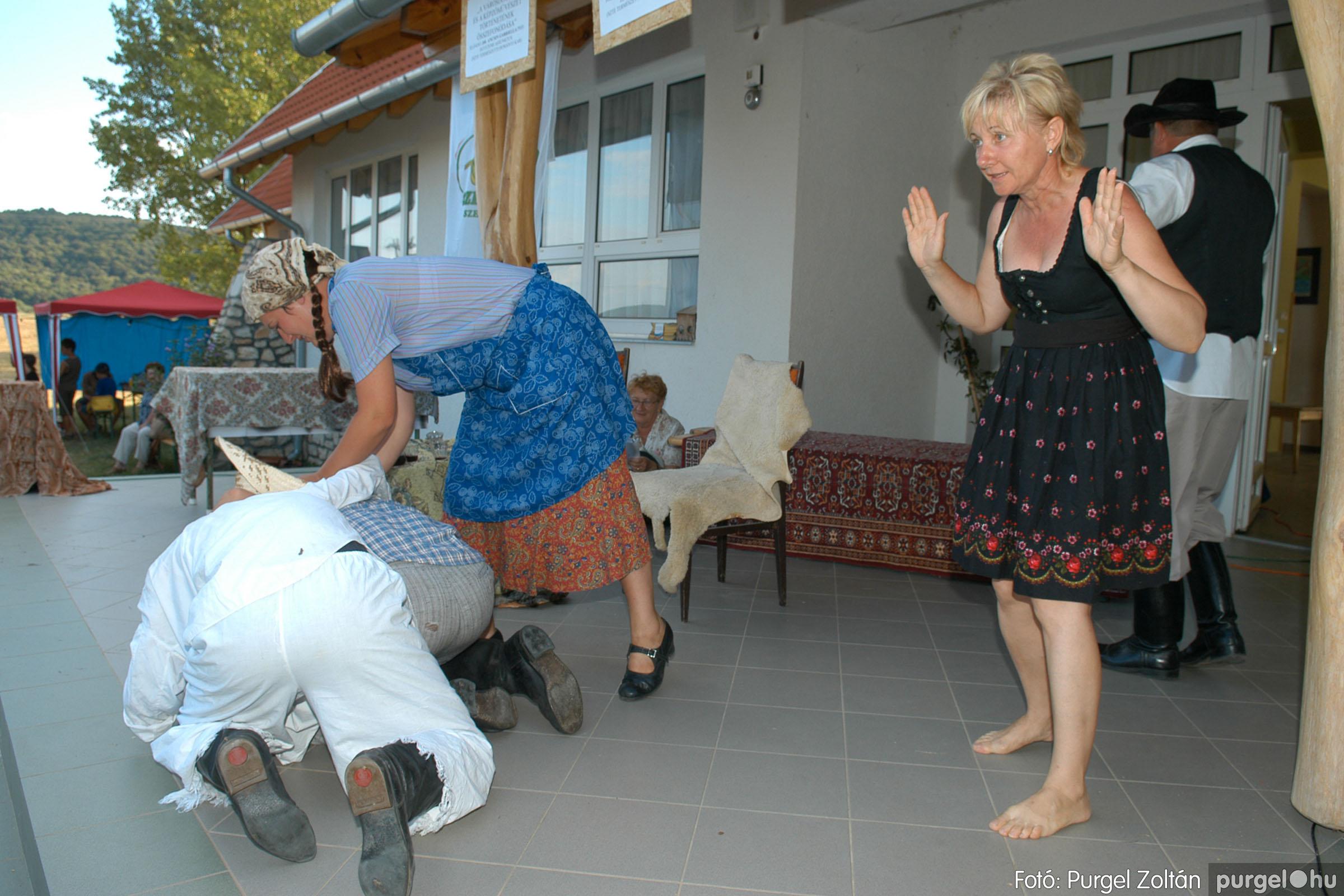 2007.07.28. 088 Szegváriak fellépése a Művészetek völgyében - Fotó:PURGEL ZOLTÁN© DSC_0355q.jpg