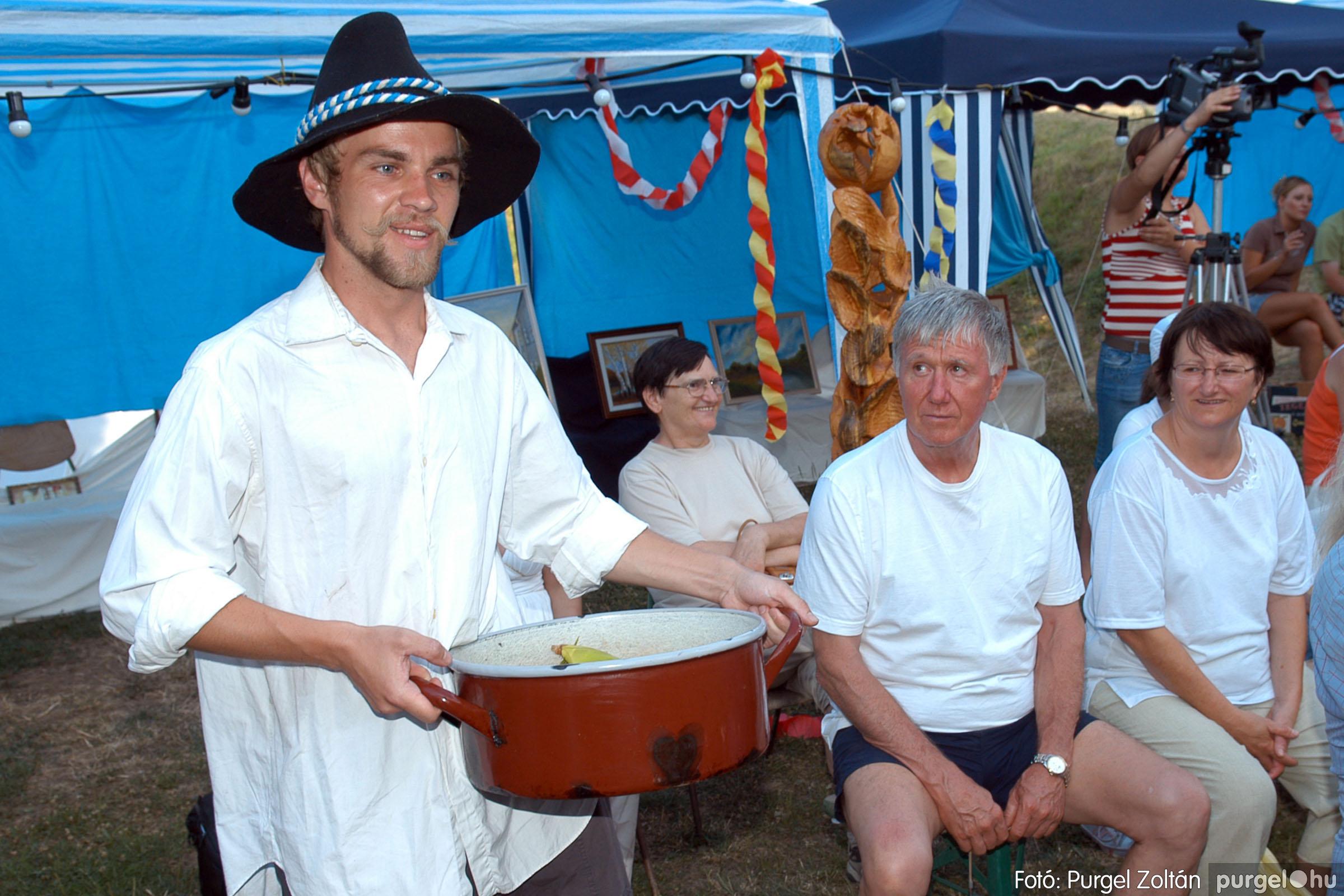 2007.07.28. 069 Szegváriak fellépése a Művészetek völgyében - Fotó:PURGEL ZOLTÁN© DSC_0329q.jpg
