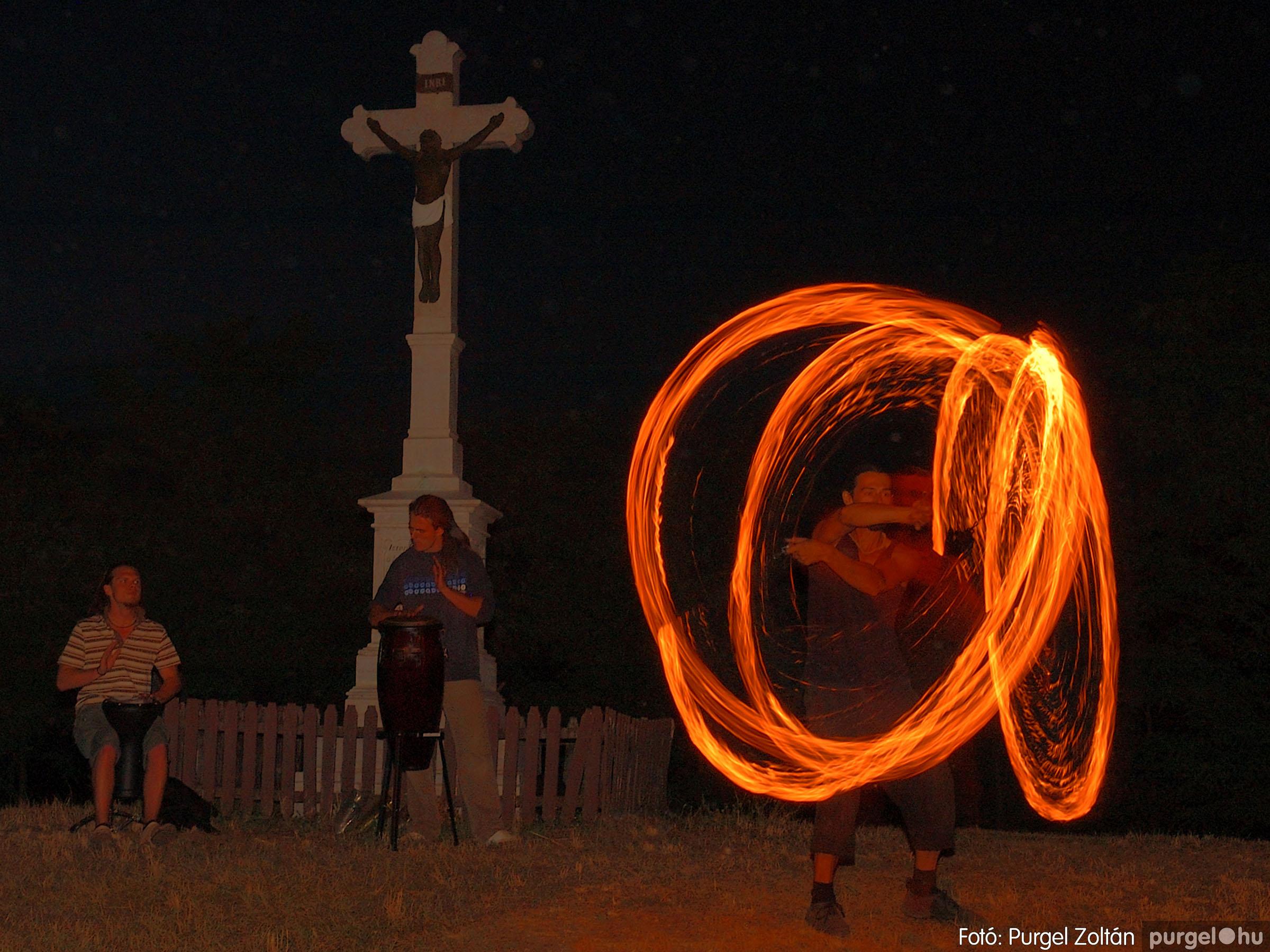 002 Örök pillanatok fotókiállításom képei - Tűzzsonglőrök · Fire plays - Fotó:PURGEL ZOLTÁN©.jpg