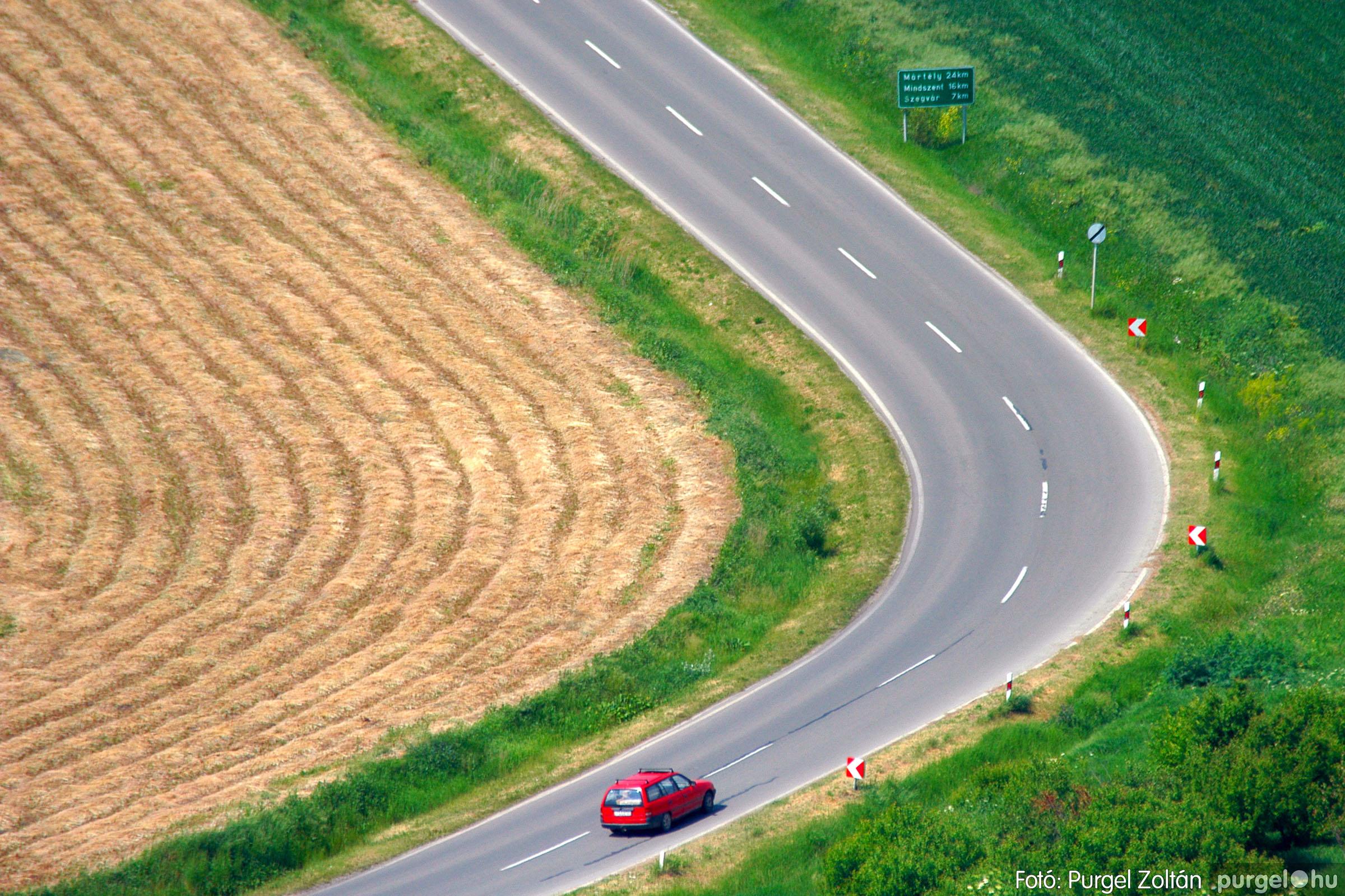 031 Örök pillanatok fotókiállításom képei - Kanyar · Steep curve - Fotó:PURGEL ZOLTÁN©.jpg