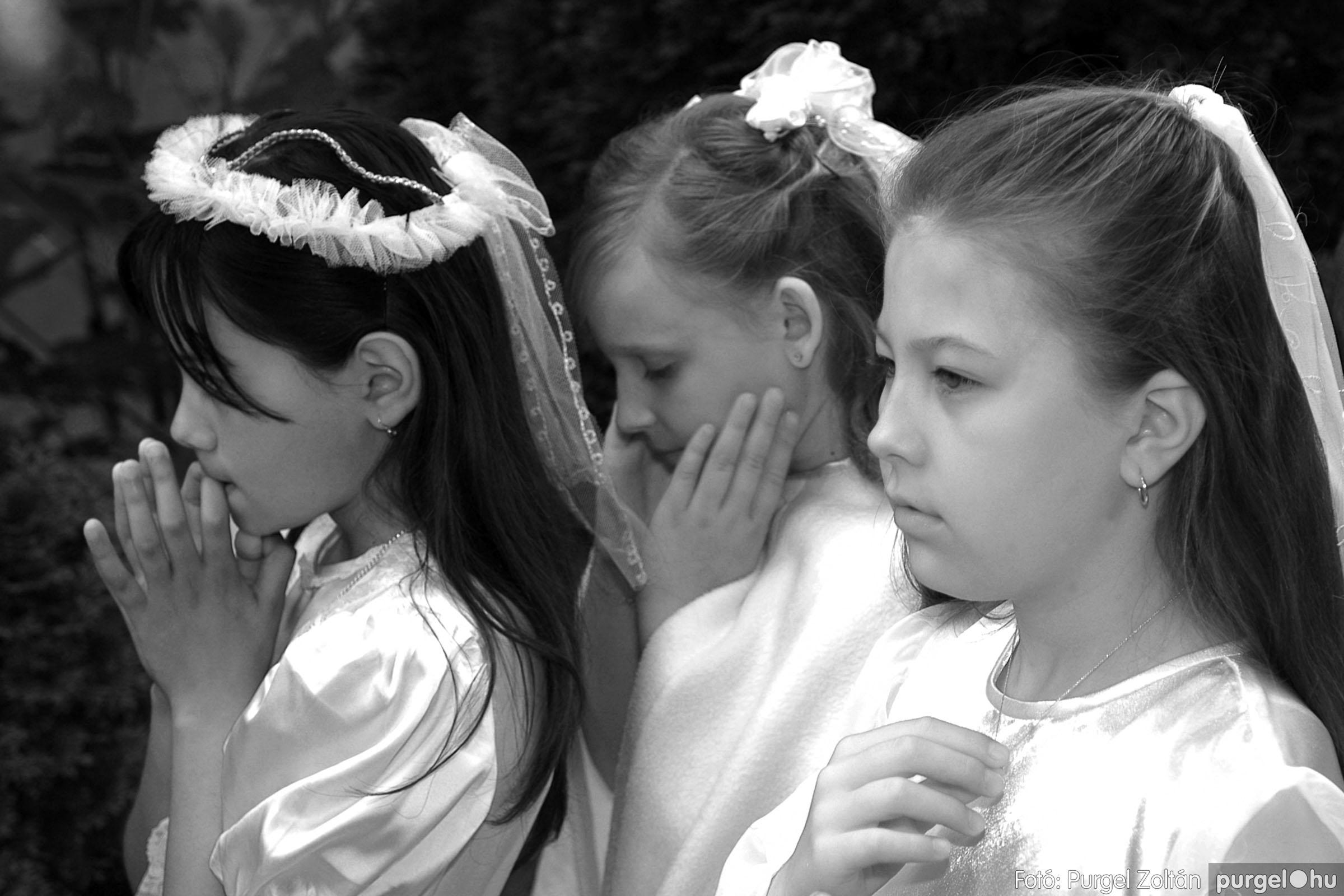 014 Örök pillanatok fotókiállításom képei - Szegvári elsőáldozók · Prayerful - Fotó:PURGEL ZOLTÁN©.jpg