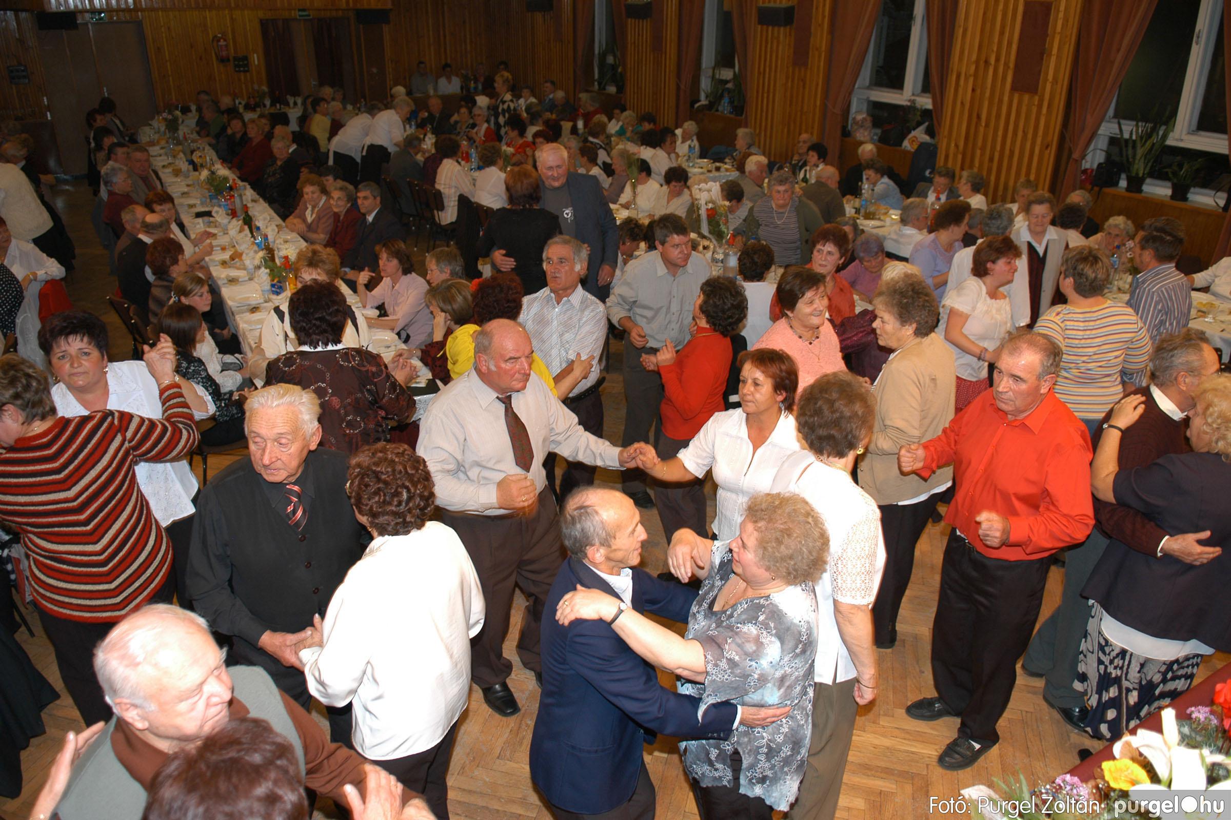 2007.11.10. 049 Szép Öregkor Nyugdíjas Klub bál - Fotó:PURGEL ZOLTÁN© DSC_0061q.jpg