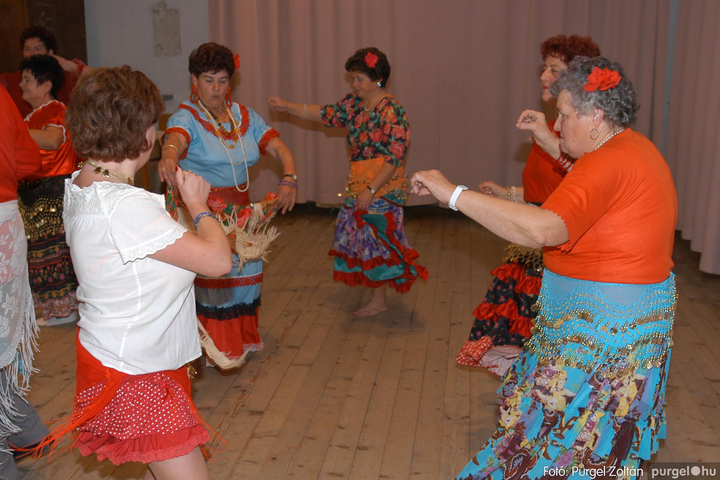 2007.11.10. 033 Szép Öregkor Nyugdíjas Klub bál - Fotó:PURGEL ZOLTÁN© DSC_0039q.jpg