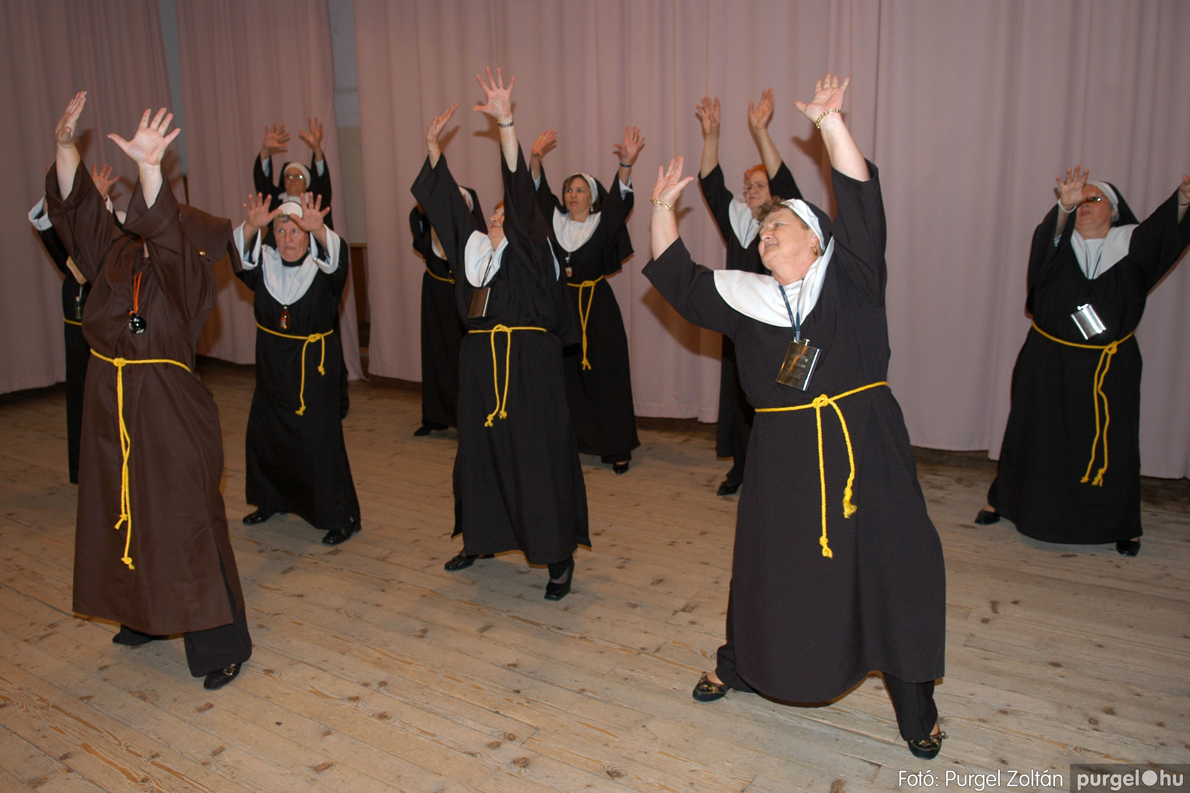 2007.11.10. 023 Szép Öregkor Nyugdíjas Klub bál - Fotó:PURGEL ZOLTÁN© DSC_0028q.jpg