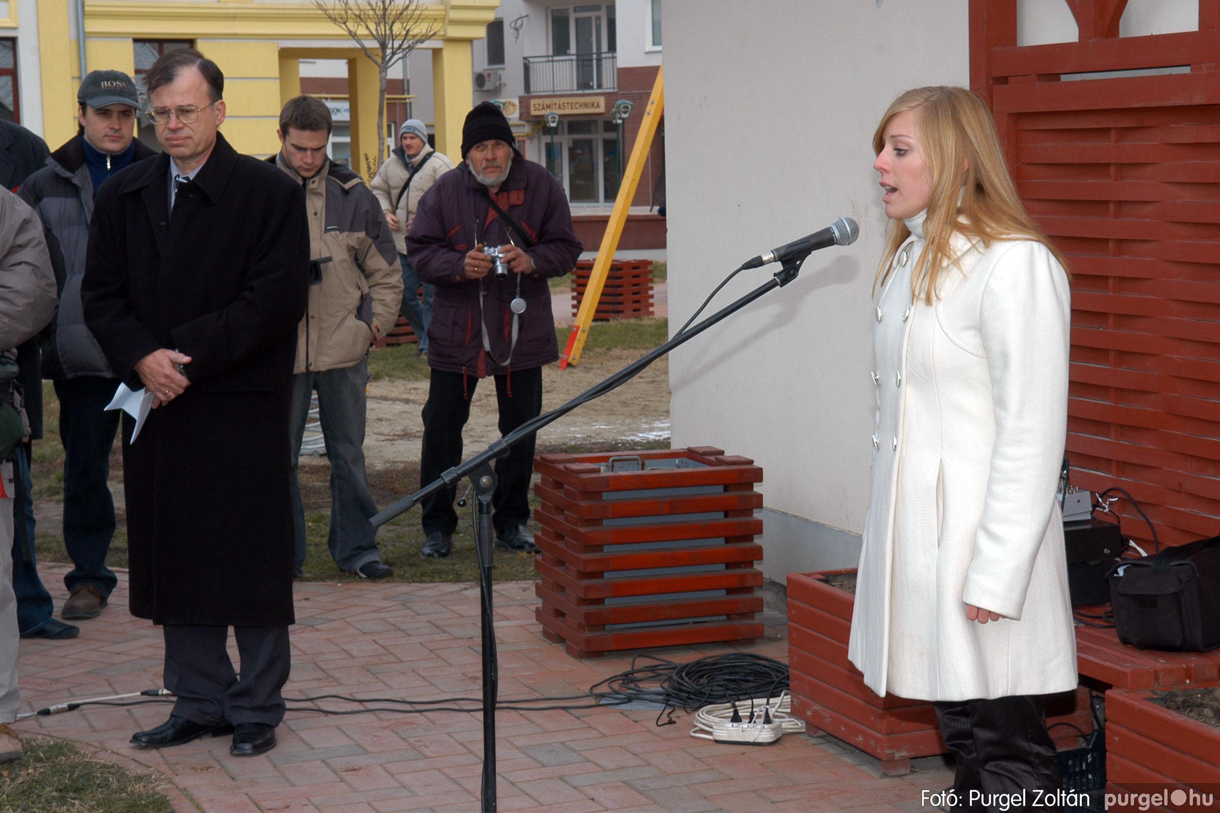 2007.11.30. 009 Rózsa Gábor tér avatása Szentesen - Fotó:PURGEL ZOLTÁN© DSC_0268q.jpg