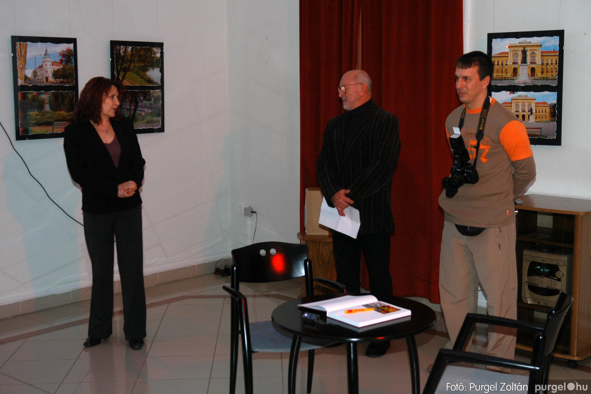 2007.12.03. 001 Vidovics Ferenc fotókiállítása Szentesen - Fotó:PURGEL ZOLTÁN© DSC_0371q.jpg