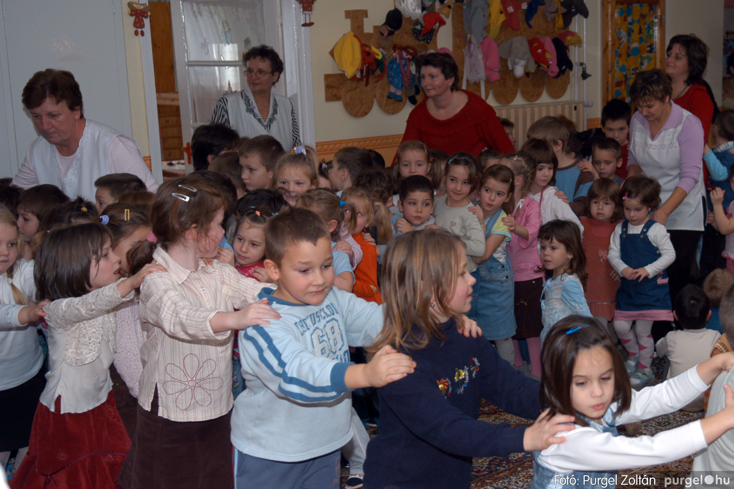 2007.12.18. 042 Kurca-parti Óvoda karácsonyi műsor - Fotó:PURGEL ZOLTÁN© DSC_0292q.jpg
