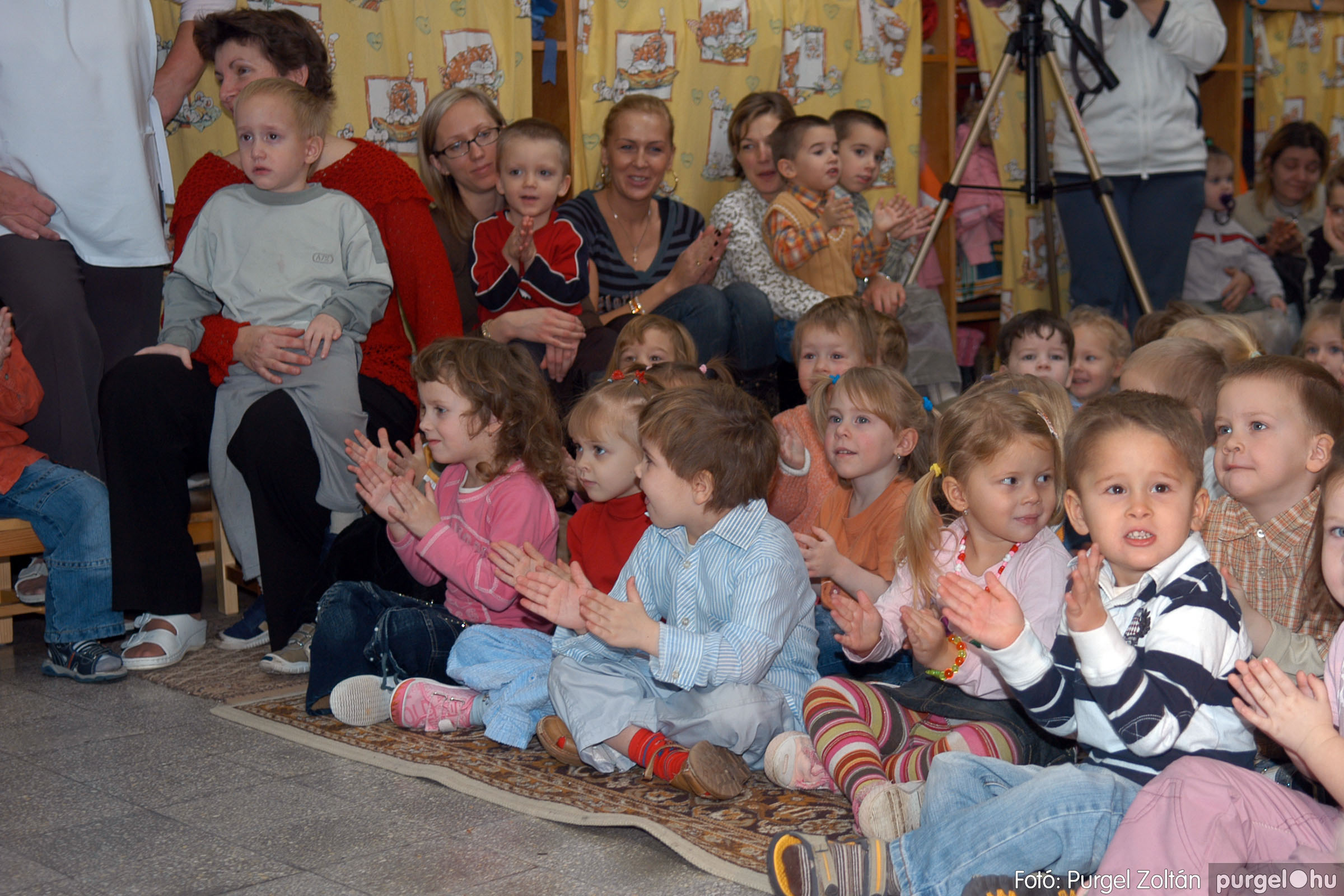 2007.12.18. 004 Kurca-parti Óvoda karácsonyi műsor - Fotó:PURGEL ZOLTÁN© DSC_0229q.jpg