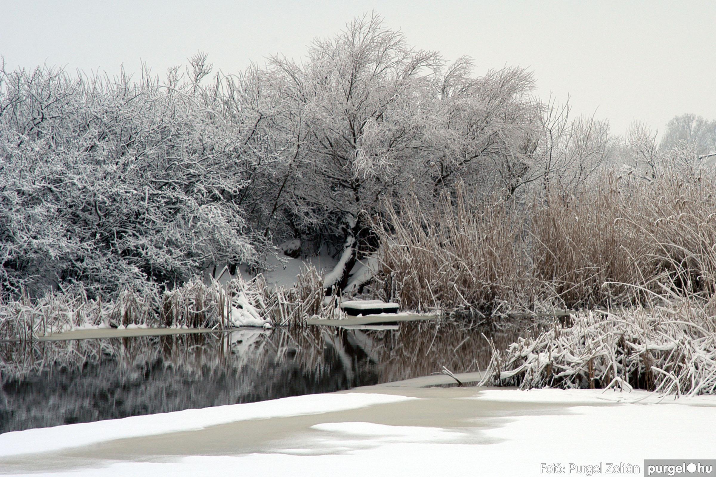 021 Örök pillanatok fotókiállításom képei - Kurca télen · Kurca channel in winter - Fotó:PURGEL ZOLTÁN©.jpg