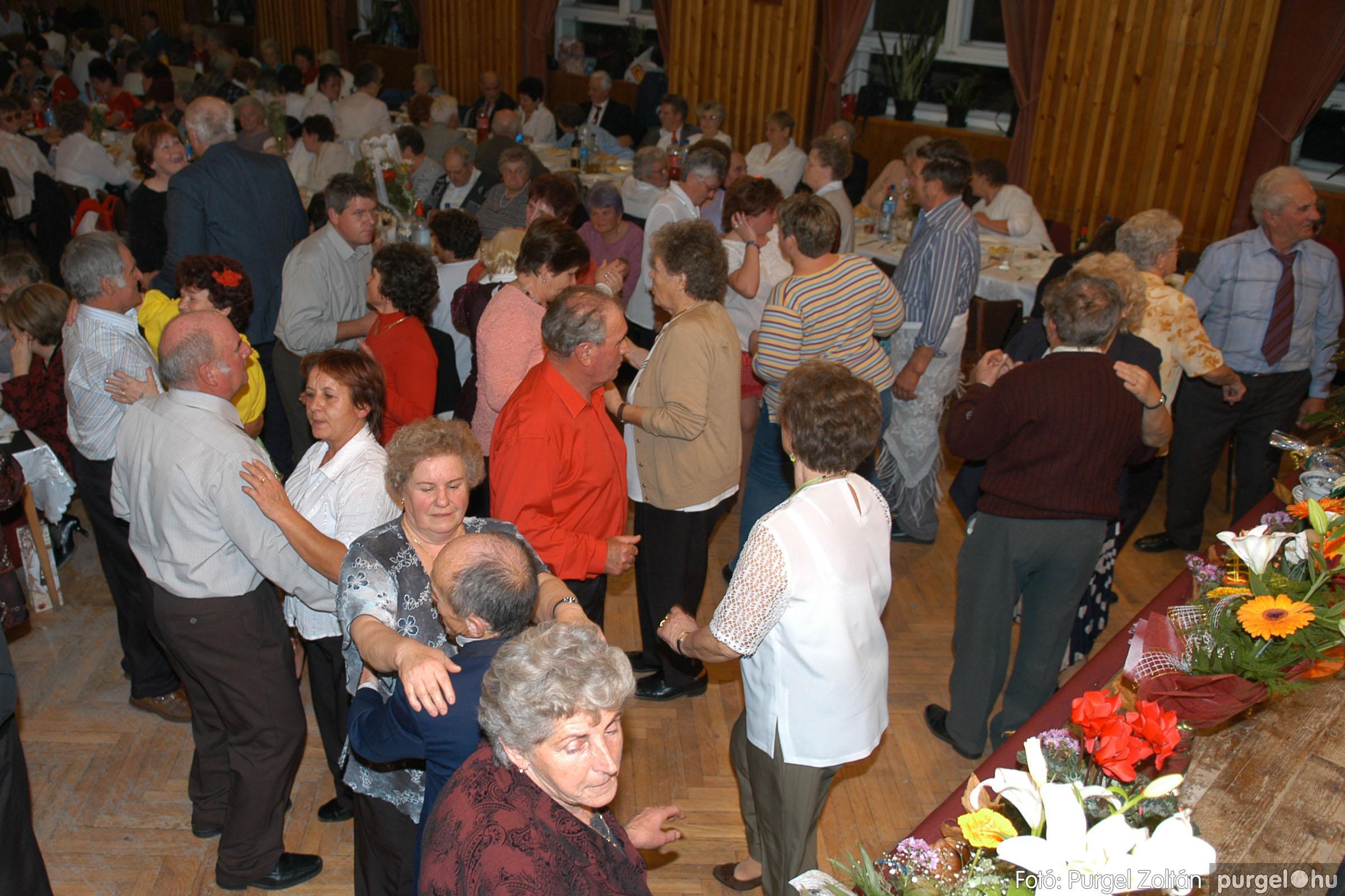2007.11.10. 051 Szép Öregkor Nyugdíjas Klub bál - Fotó:PURGEL ZOLTÁN© DSC_0065q.jpg