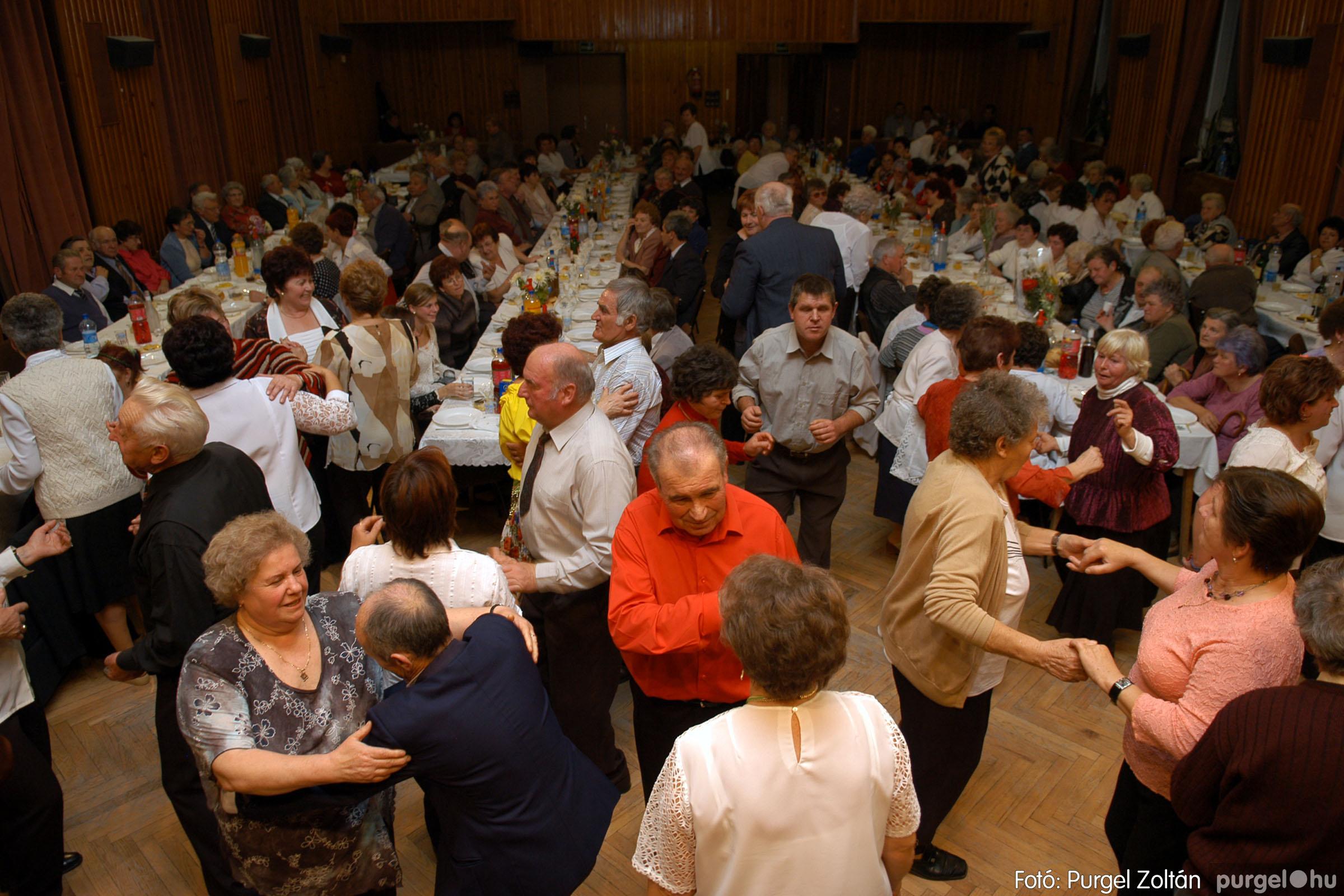 2007.11.10. 048 Szép Öregkor Nyugdíjas Klub bál - Fotó:PURGEL ZOLTÁN© DSC_0058q.jpg