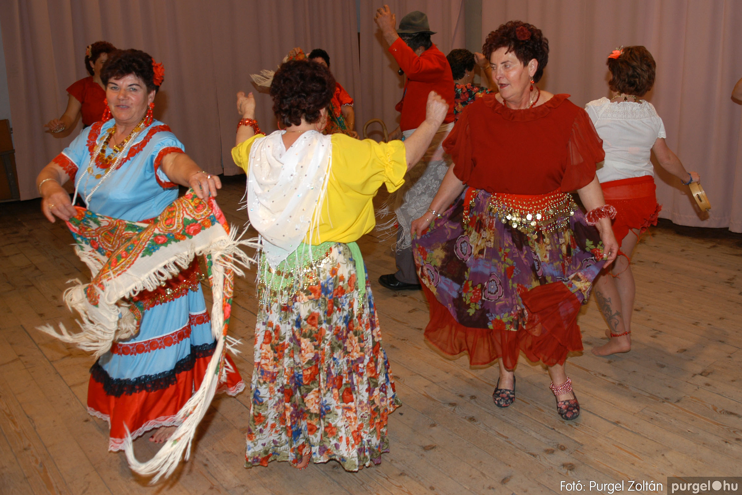 2007.11.10. 030 Szép Öregkor Nyugdíjas Klub bál - Fotó:PURGEL ZOLTÁN© DSC_0036q.jpg