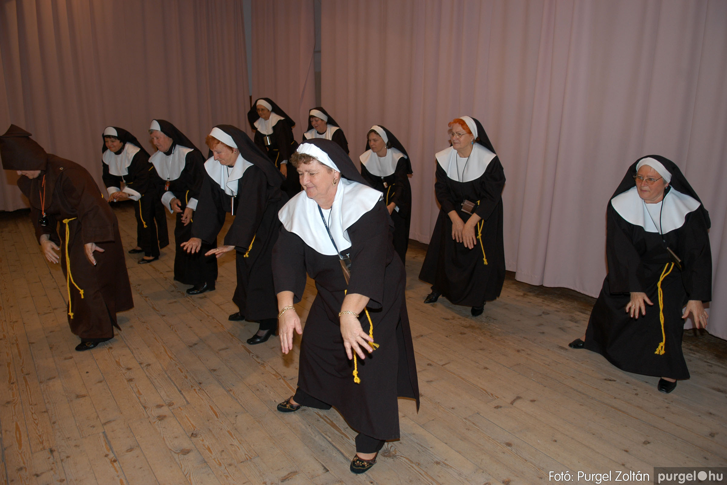 2007.11.10. 021 Szép Öregkor Nyugdíjas Klub bál - Fotó:PURGEL ZOLTÁN© DSC_0026q.jpg