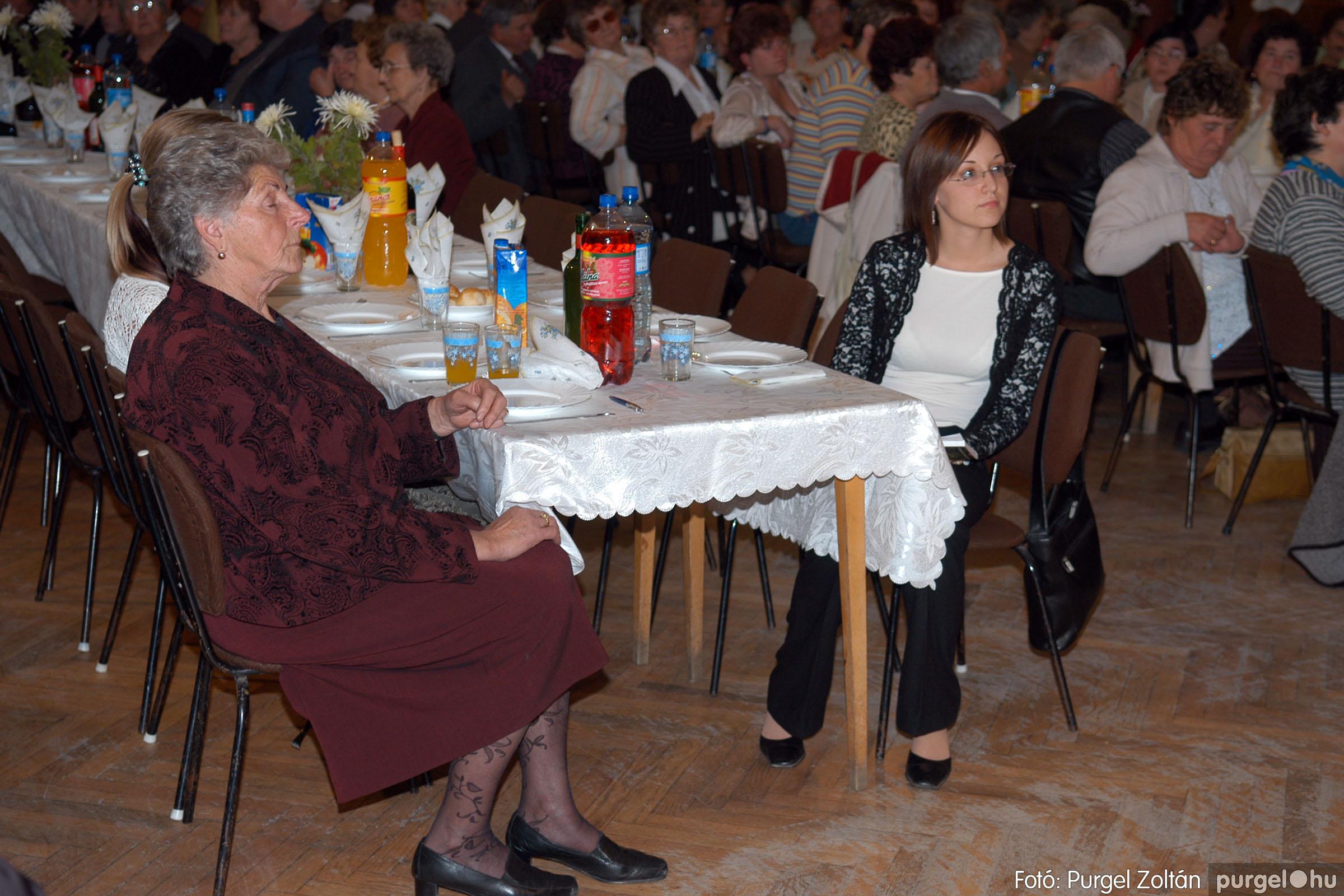 2007.11.10. 008 Szép Öregkor Nyugdíjas Klub bál - Fotó:PURGEL ZOLTÁN© DSC_0011q.jpg