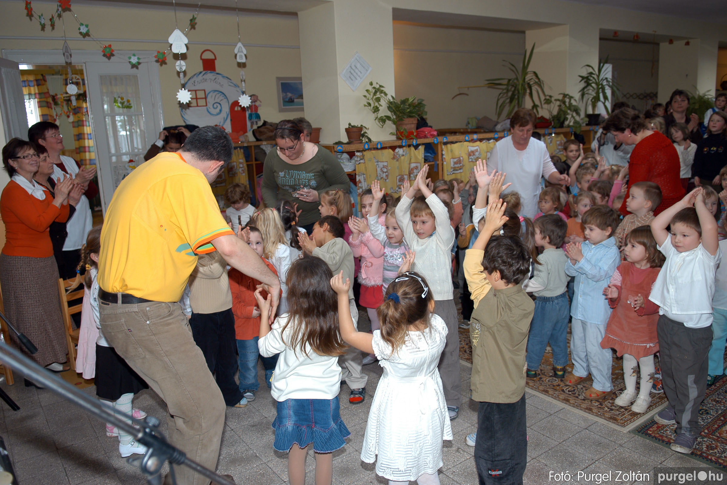 2007.12.18. 064 Kurca-parti Óvoda karácsonyi műsor - Fotó:PURGEL ZOLTÁN© DSC_0323q.jpg