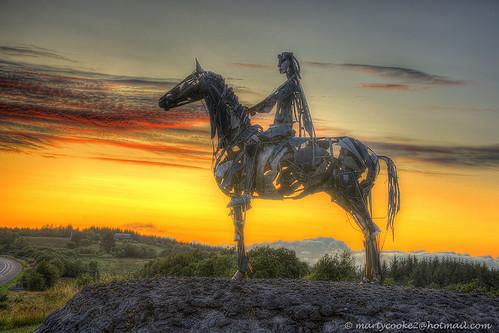 ireland horse landscape gaelic irishhistory boyle countyroscommon roscommon coroscommon sunset sculpture metal outside war outdoor metalsculpture warfare nineyearswar