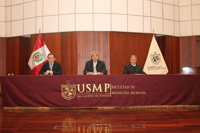 Dr. Neptalí Santillán Ruiz, Viceministro de Salud Pública del Ministerio de Salud felicitó a la Facultad de Medicina Humana por el esfuerzo de brindar a sus alumnos una formación integral sobre los procesos de salud y enfermedad