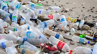 plastic_pollution_0
