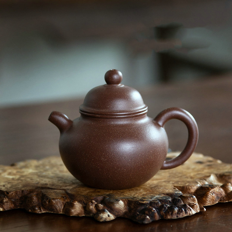 "Yixing Teapot ""duo qiu""Zi Ni Mud 120CC  for Chinese Tea"