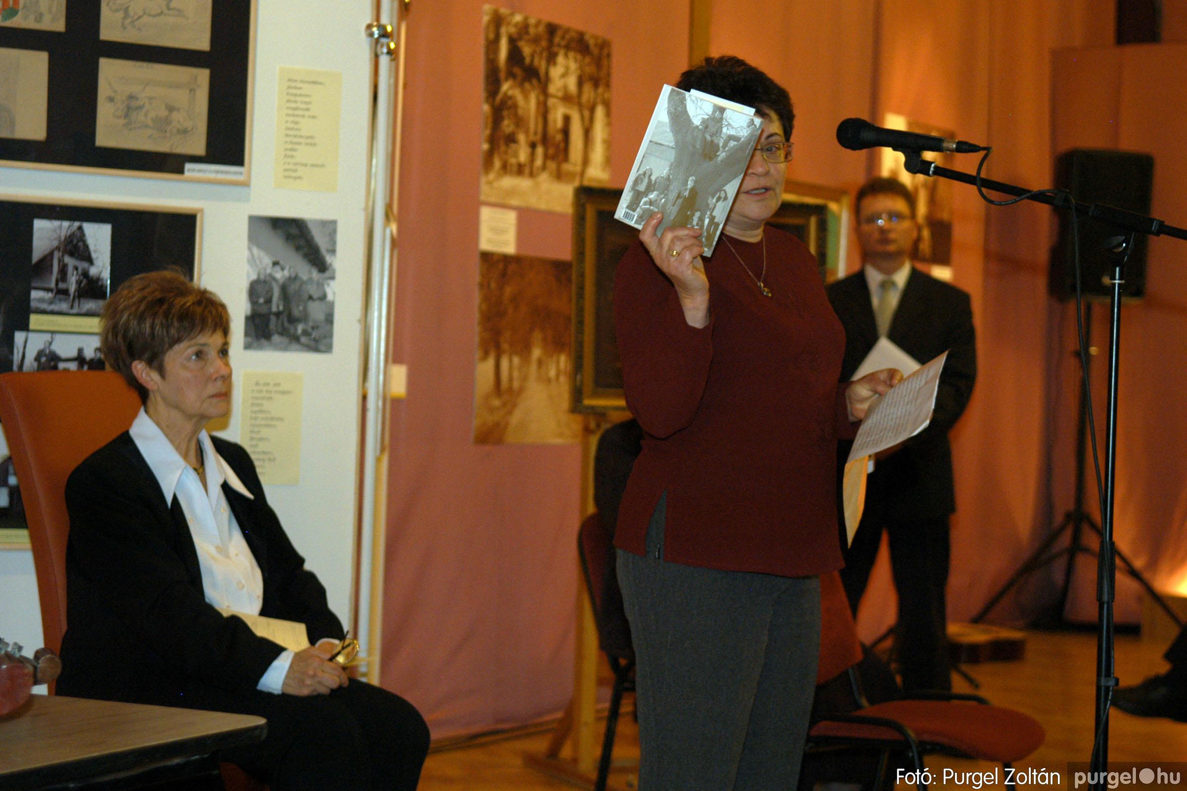 2008.04.07. 010 A tanító öröksége című kiállítás megnyitója Szegeden - Fotó:PURGEL ZOLTÁN© DSC_0639q.jpg