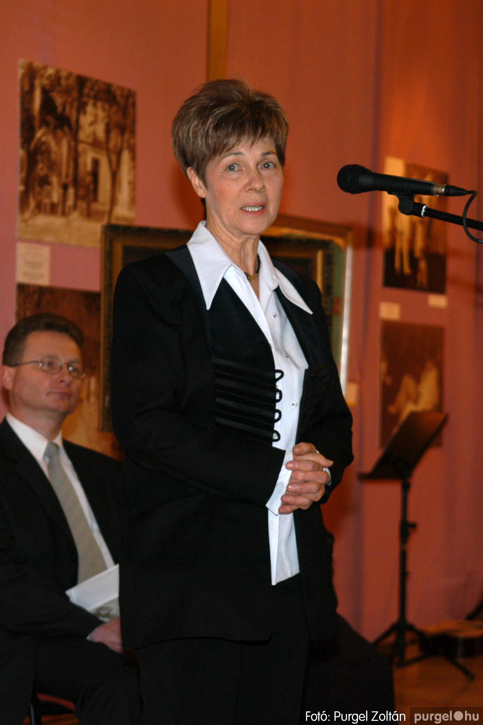 2008.04.07. 004 A tanító öröksége című kiállítás megnyitója Szegeden - Fotó:PURGEL ZOLTÁN© DSC_0631q.jpg