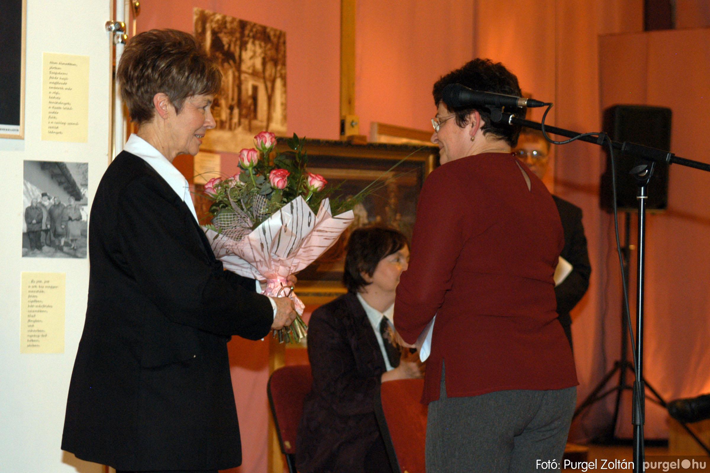 2008.04.07. 012 A tanító öröksége című kiállítás megnyitója Szegeden - Fotó:PURGEL ZOLTÁN© DSC_0641q.jpg