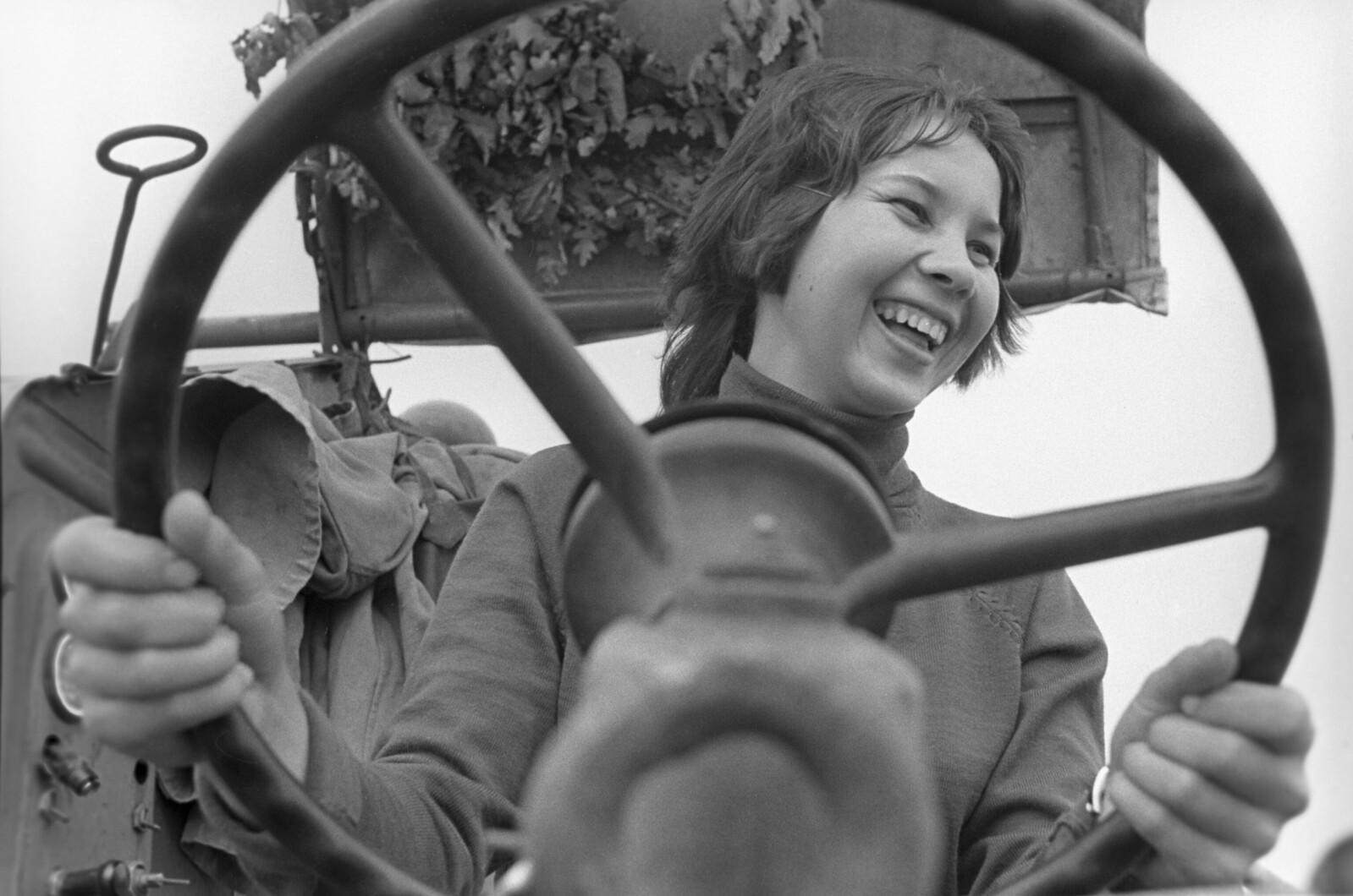 1974. Всесоюзный слет школьных сельских производственных бригад. Конкурс пахарей