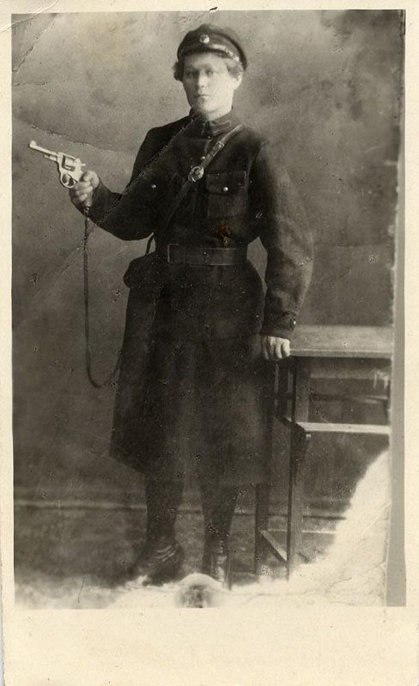 1920-е. Первая женщина-милиционер Маринцева