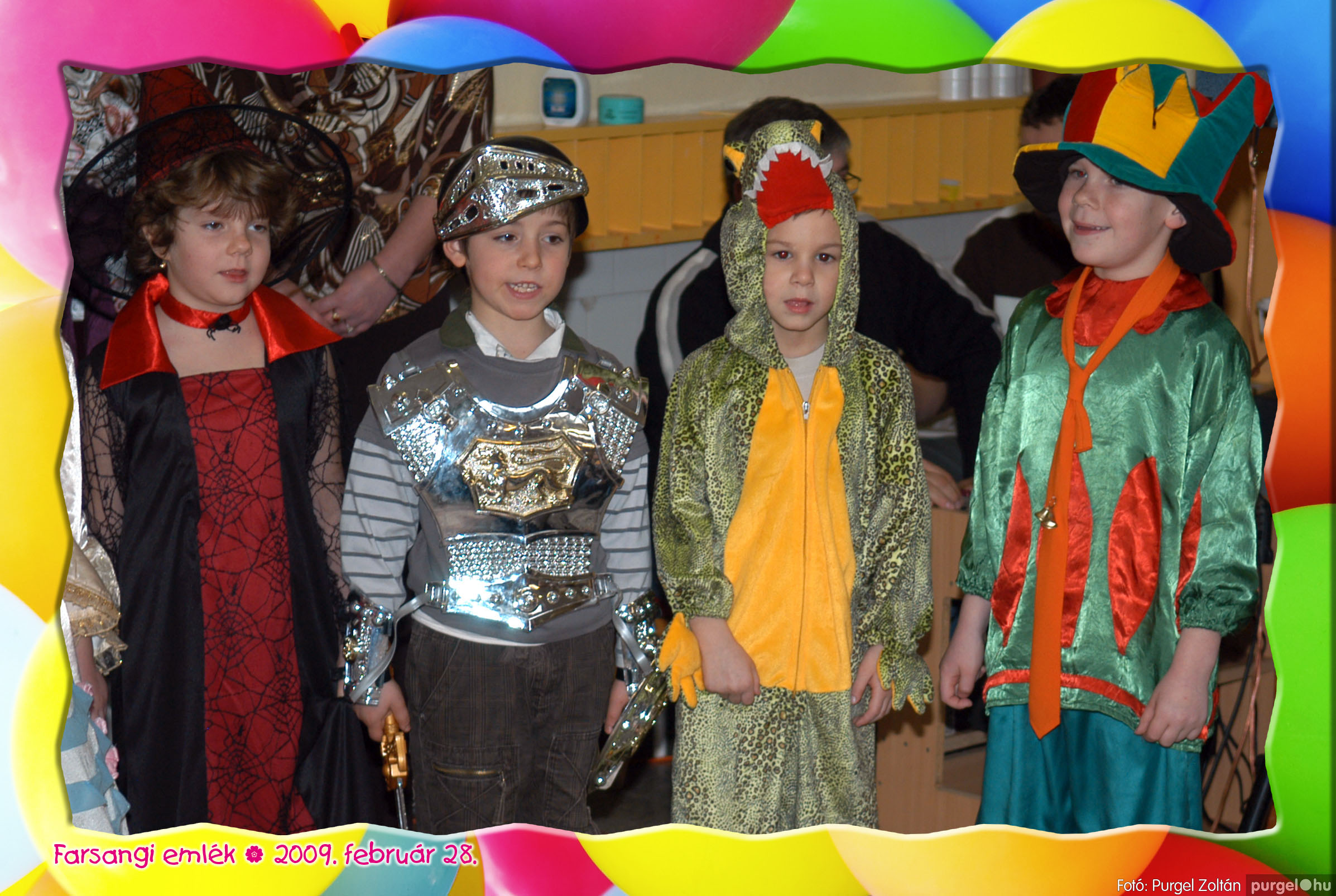 2009.02.28. 101 Kurca-parti Óvoda farsang 2009. - Eszterlánc csoport - Fotó:PURGEL ZOLTÁN© 132.jpg