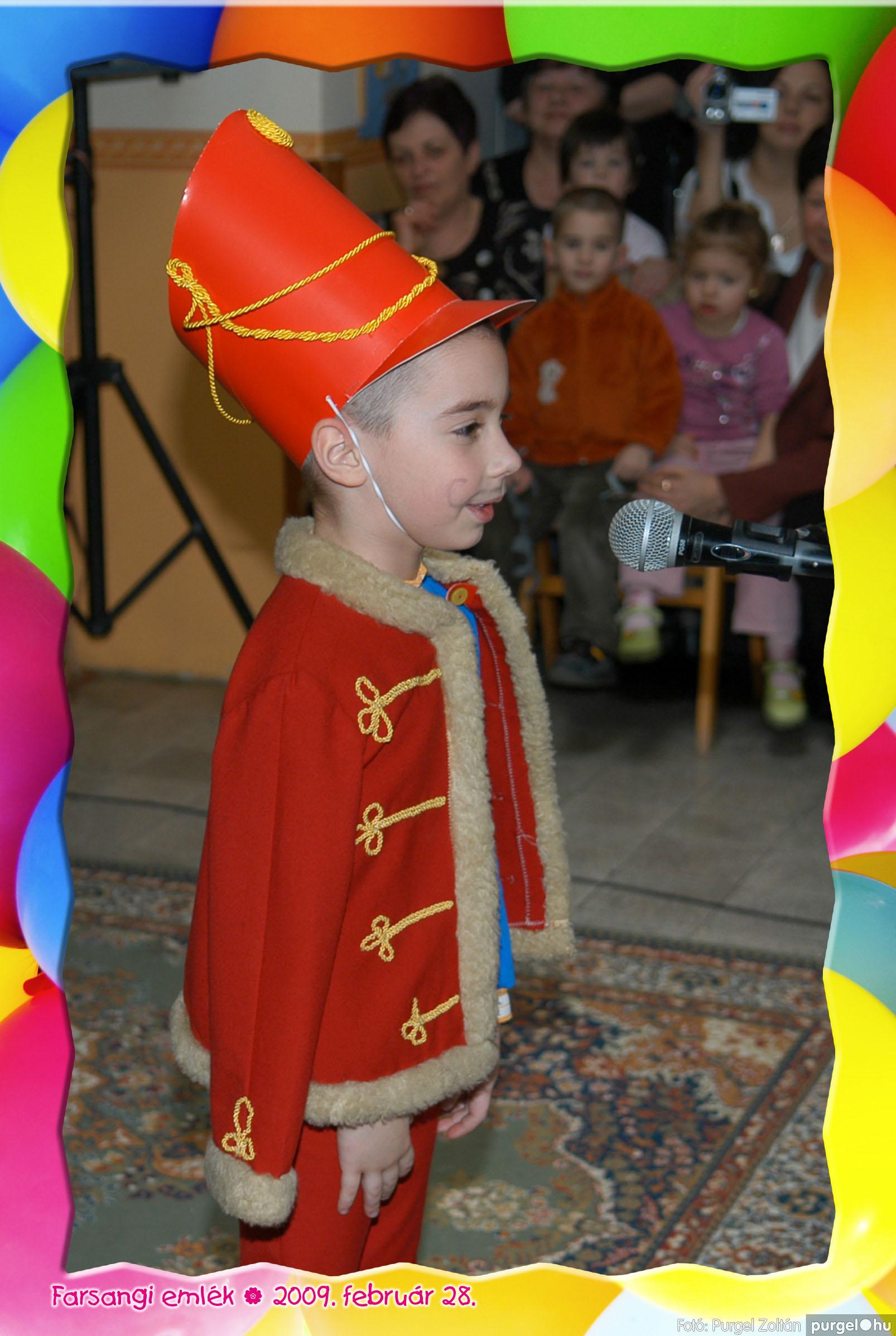 2009.02.28. 116 Kurca-parti Óvoda farsang 2009. - Eszterlánc csoport - Fotó:PURGEL ZOLTÁN© 147.jpg