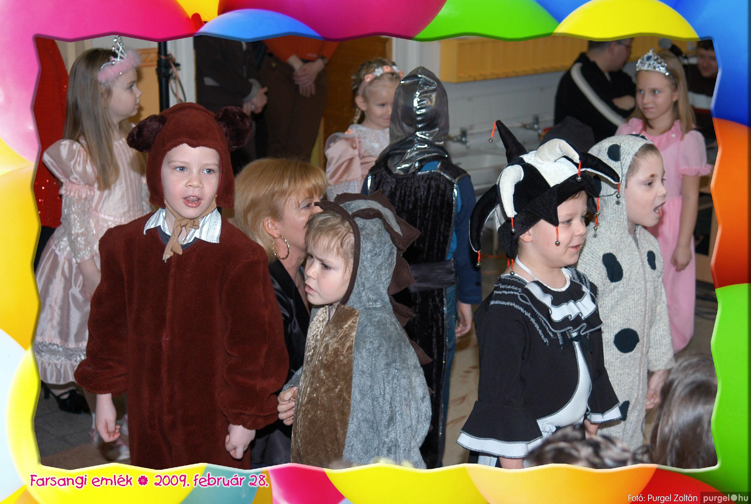2009.02.28. 161 Kurca-parti Óvoda farsang 2009. - Nyitnikék csoport - Fotó:PURGEL ZOLTÁN© 509.jpg