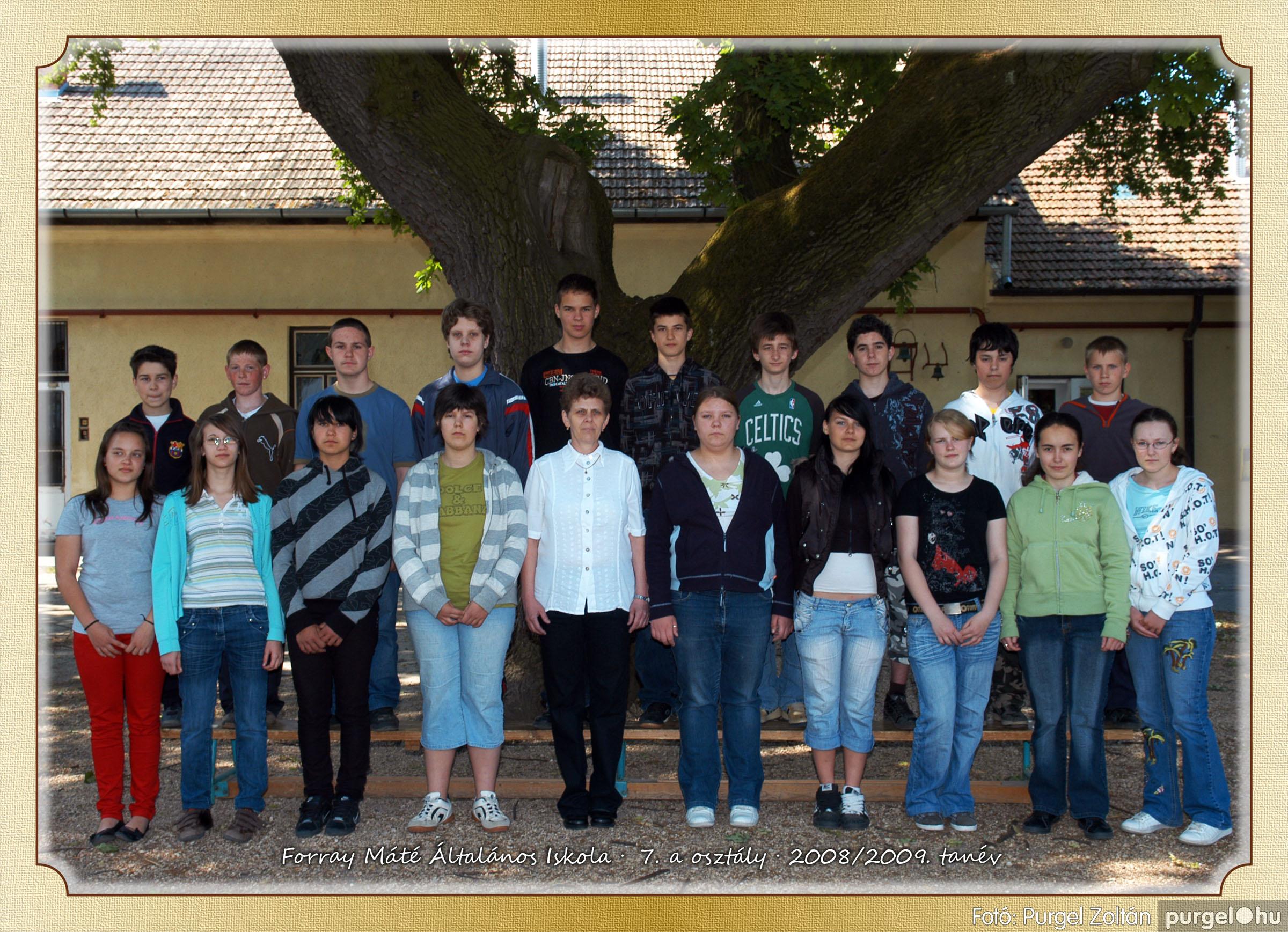 2009.05.04-26. 037 Forray Máté Általános Iskola osztályképek 2009. - Fotó:PURGEL ZOLTÁN© 7a-1.jpg
