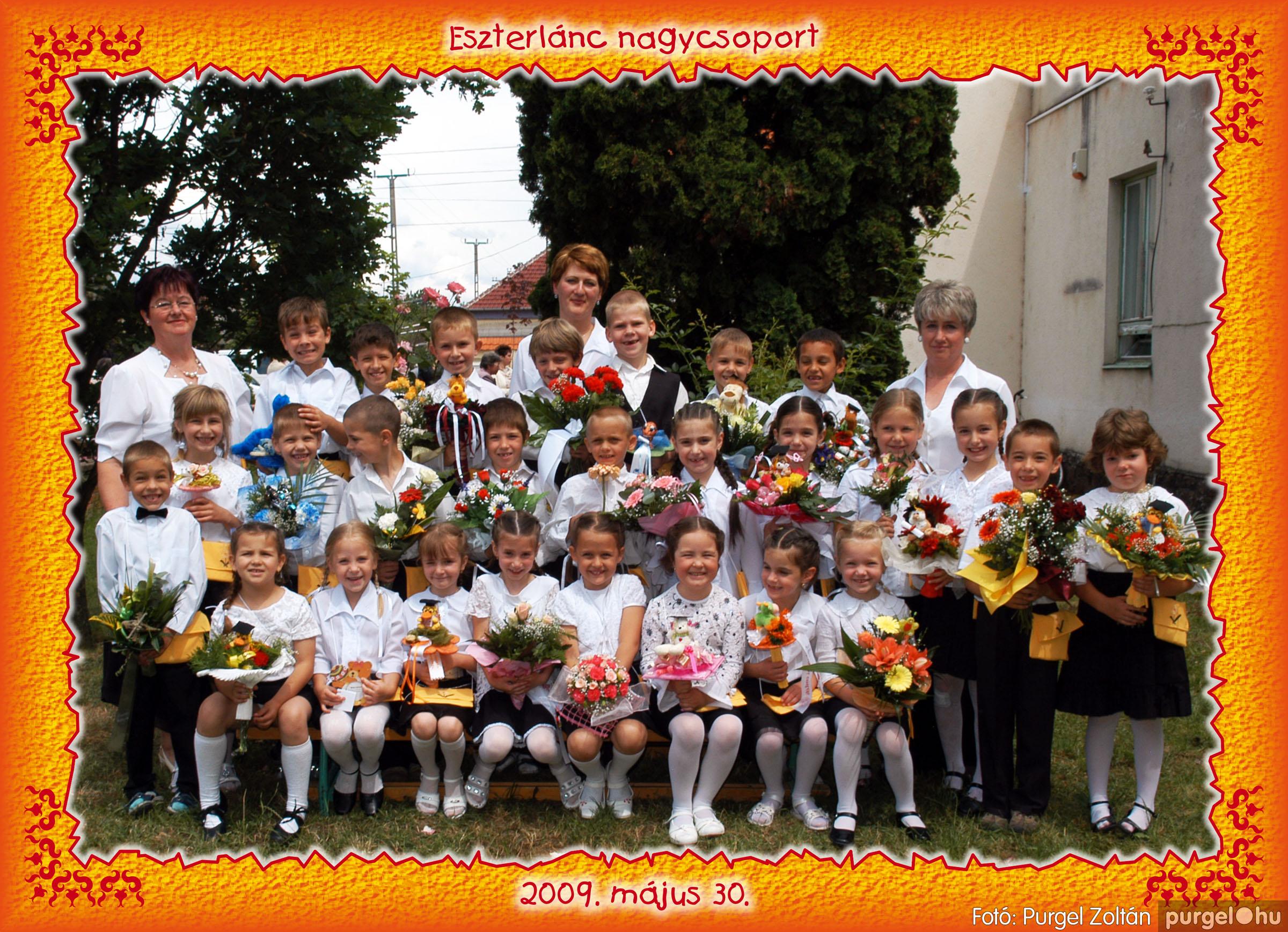 2009.05.20-30. 003 Kurca-parti Óvoda csoportképek 2009. - Fotó:PURGEL ZOLTÁN© 153Eszterlánc.jpg