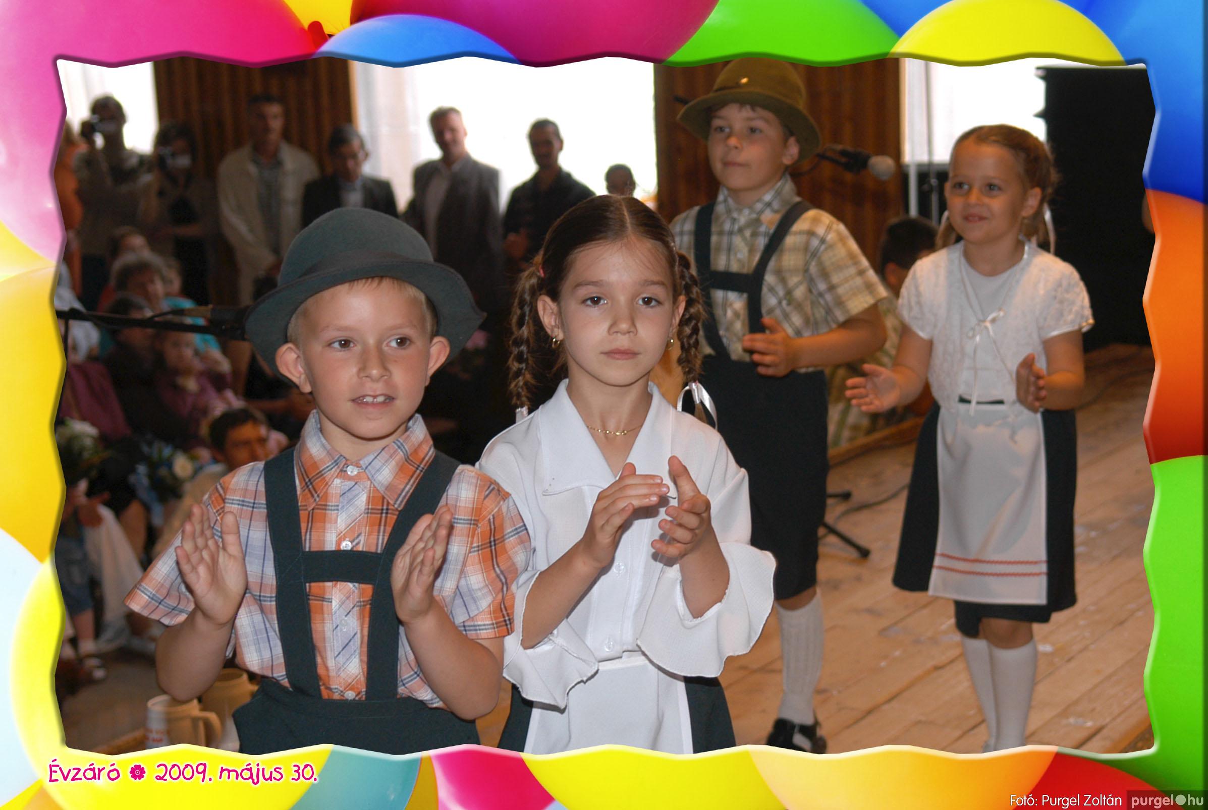 2009.05.30. 111 Kurca-parti Óvoda évzáró 2009. - Eszterlánc csoport - Fotó:PURGEL ZOLTÁN© 139.jpg