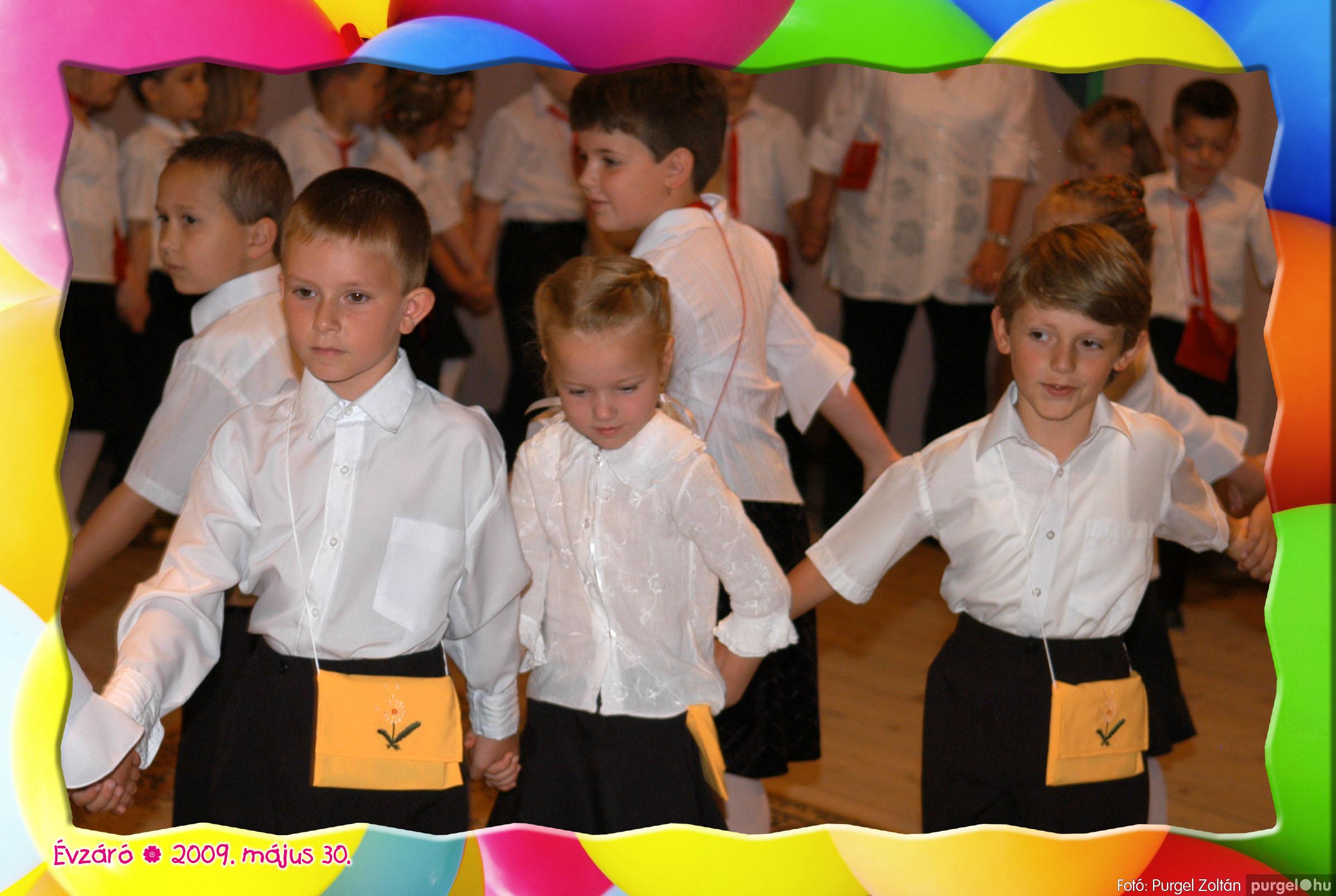 2009.05.30. 115 Kurca-parti Óvoda évzáró 2009. - Eszterlánc csoport - Fotó:PURGEL ZOLTÁN© 143.jpg
