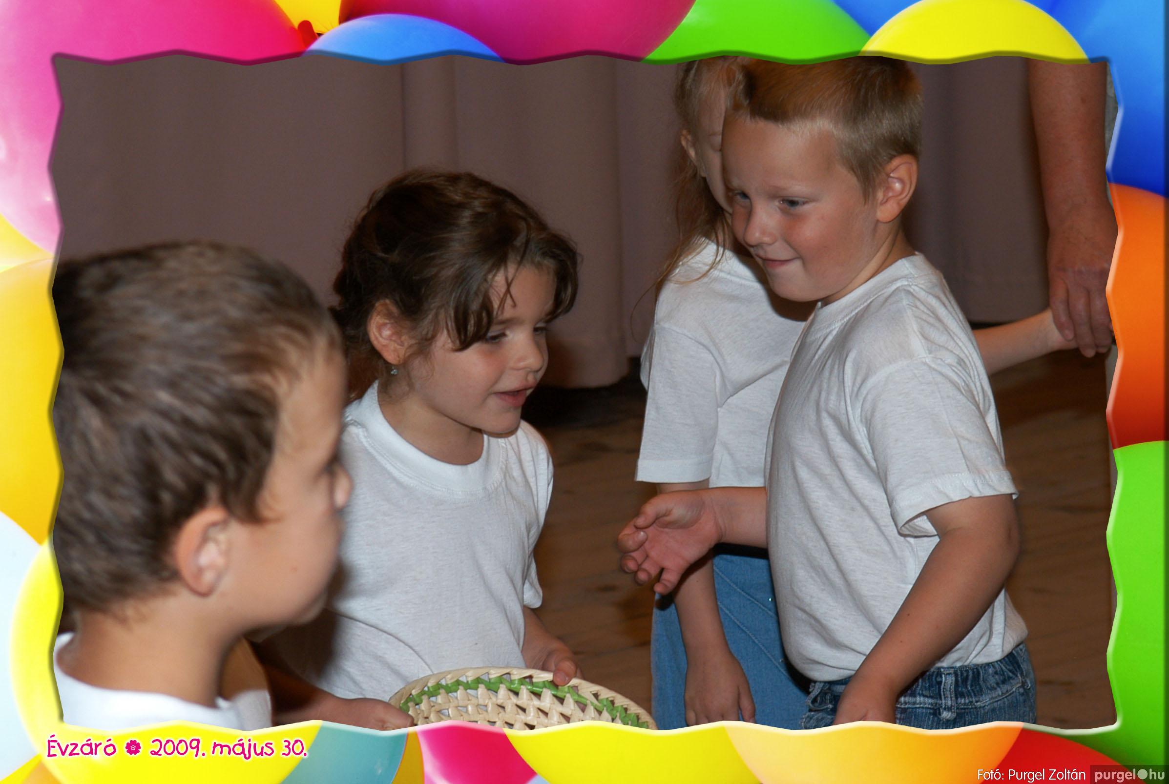 2009.05.30. 156 Kurca-parti Óvoda évzáró 2009. - Napsugár csoport - Fotó:PURGEL ZOLTÁN© 428.jpg