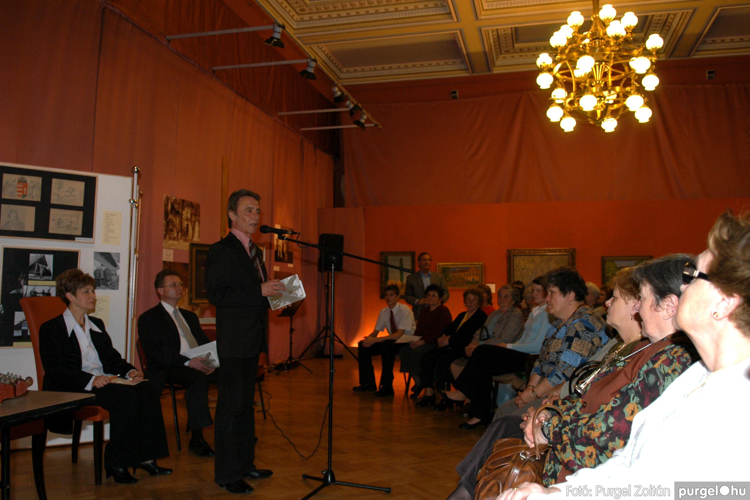 2008.04.07. 002 A tanító öröksége című kiállítás megnyitója Szegeden - Fotó:PURGEL ZOLTÁN© DSC_0627q.jpg