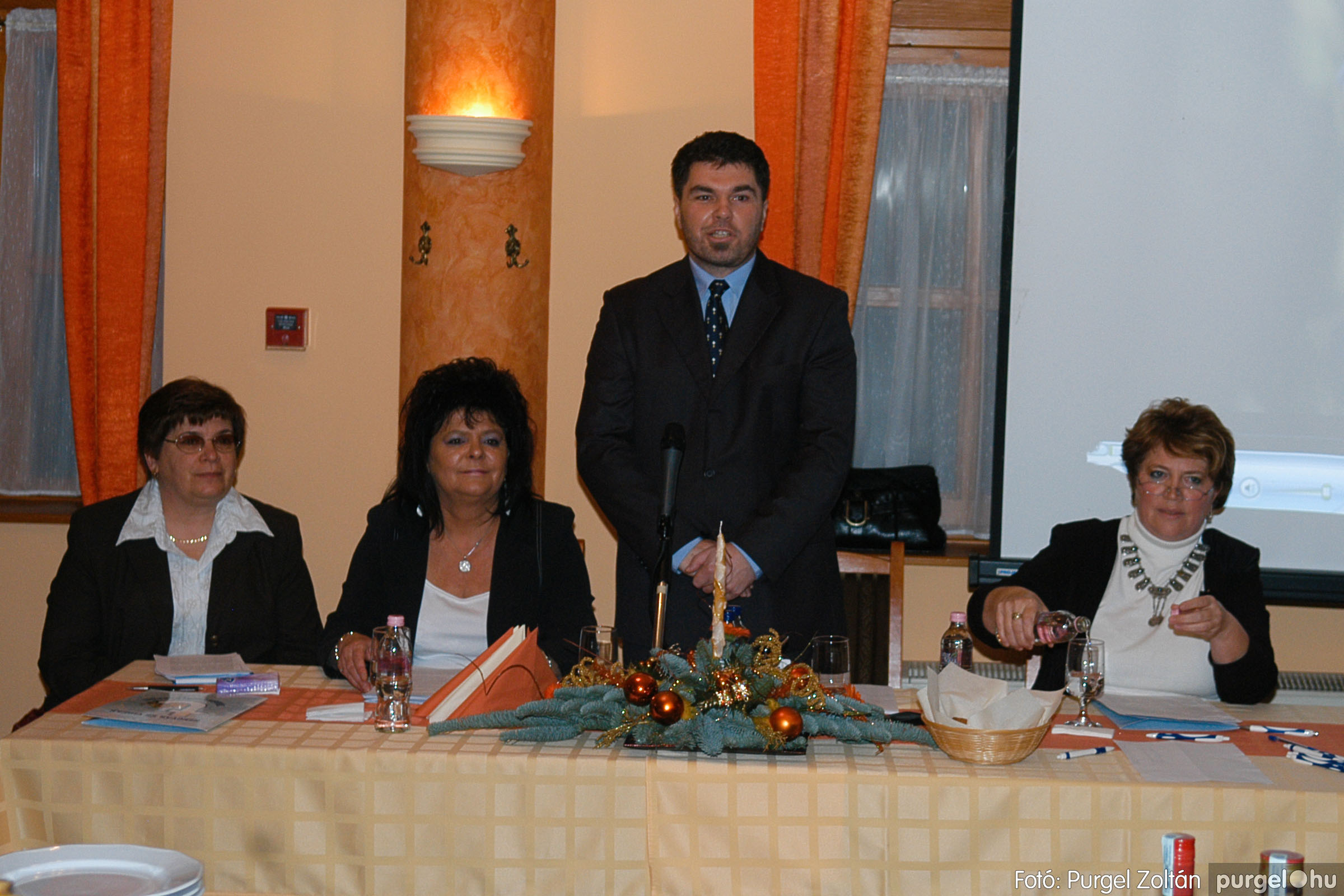 2009.12.04. 001 Szegvár és Vidéke Takarékszövetkezet évzáró - Fotó:PURGEL ZOLTÁN© DSC_0138q.jpg